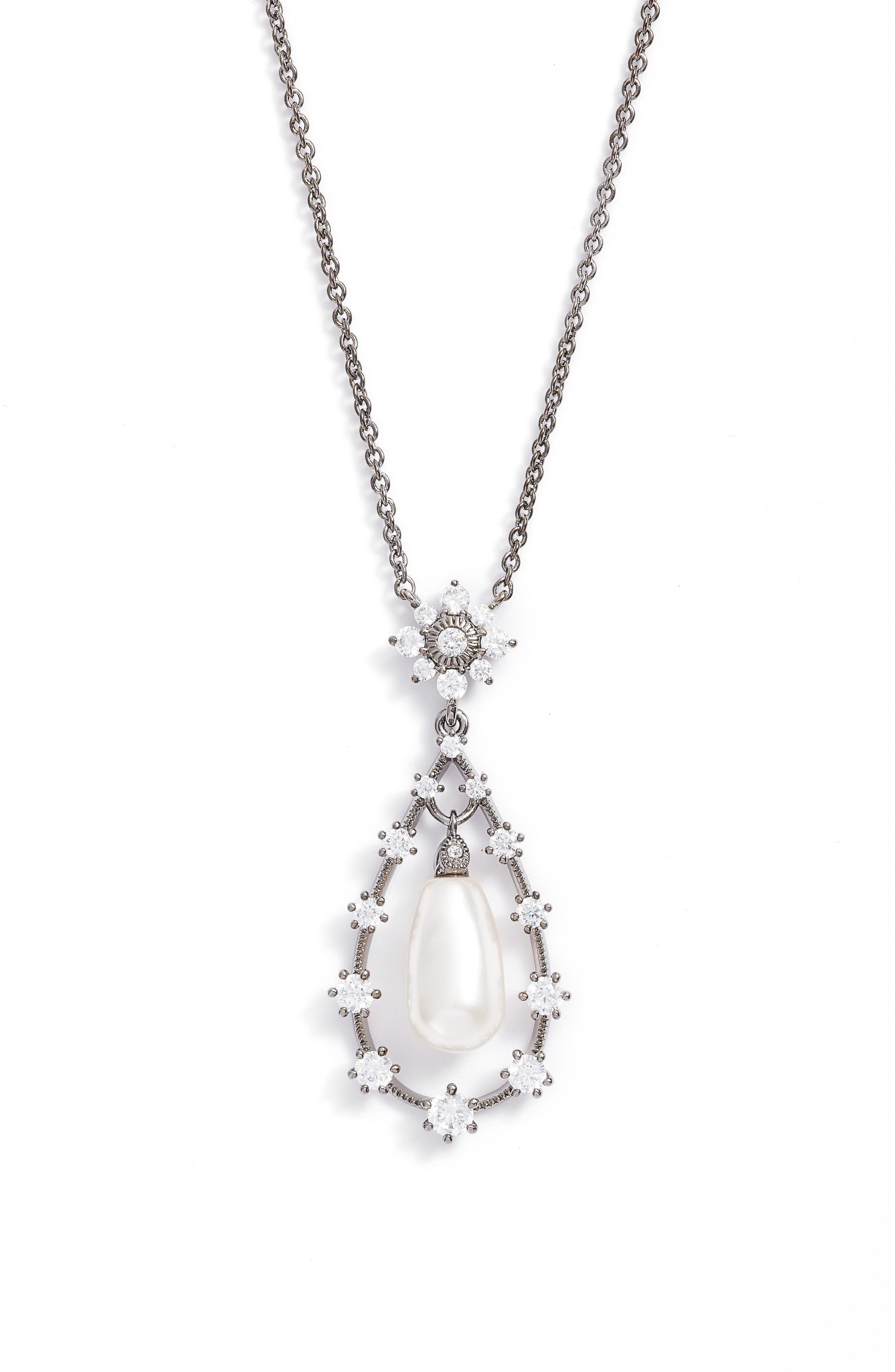 Imitation Pearl Pendant Necklace,                         Main,                         color, BLACK