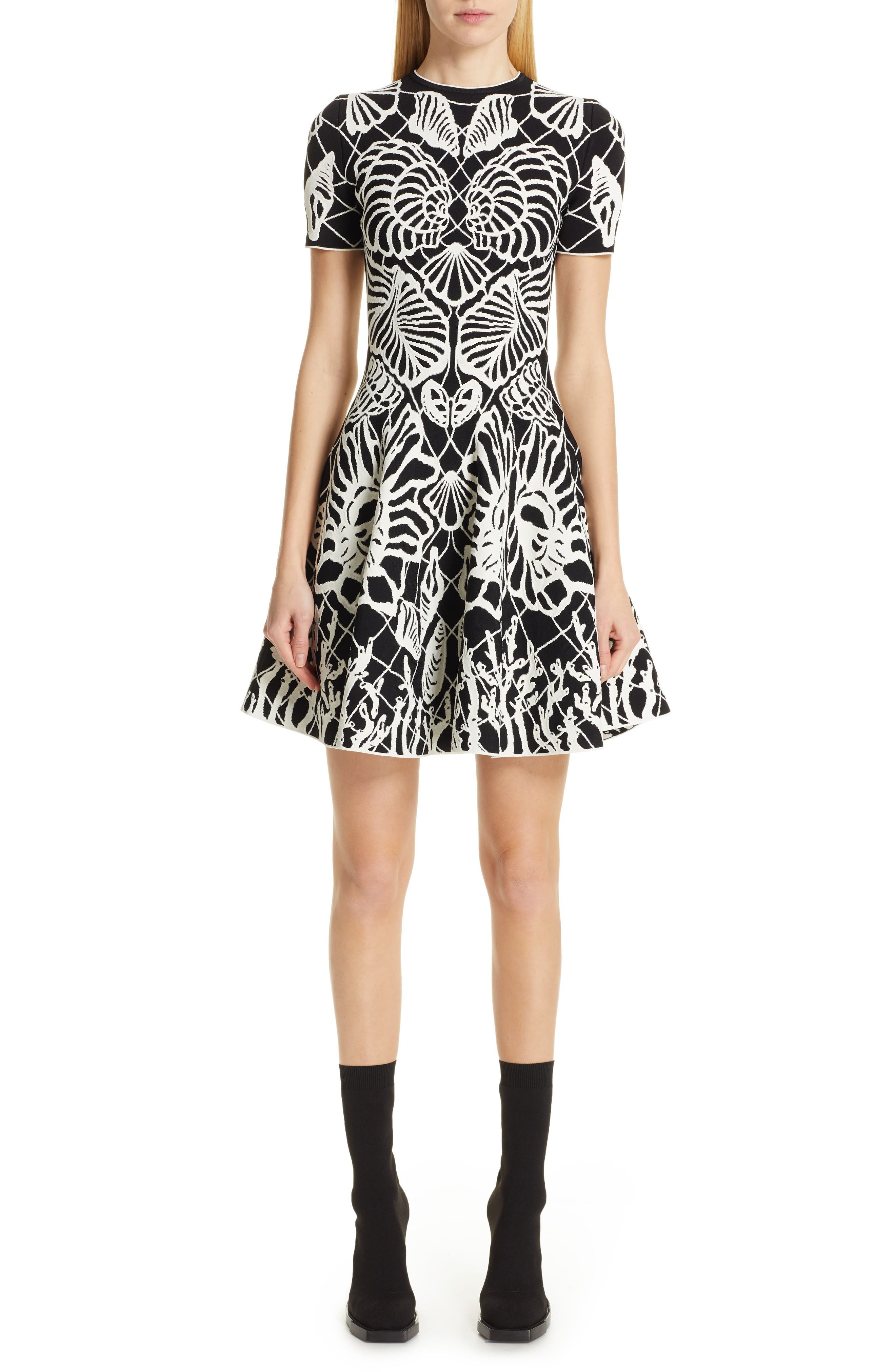 Alexander Mcqueen Wave Jacquard Minidress, Black