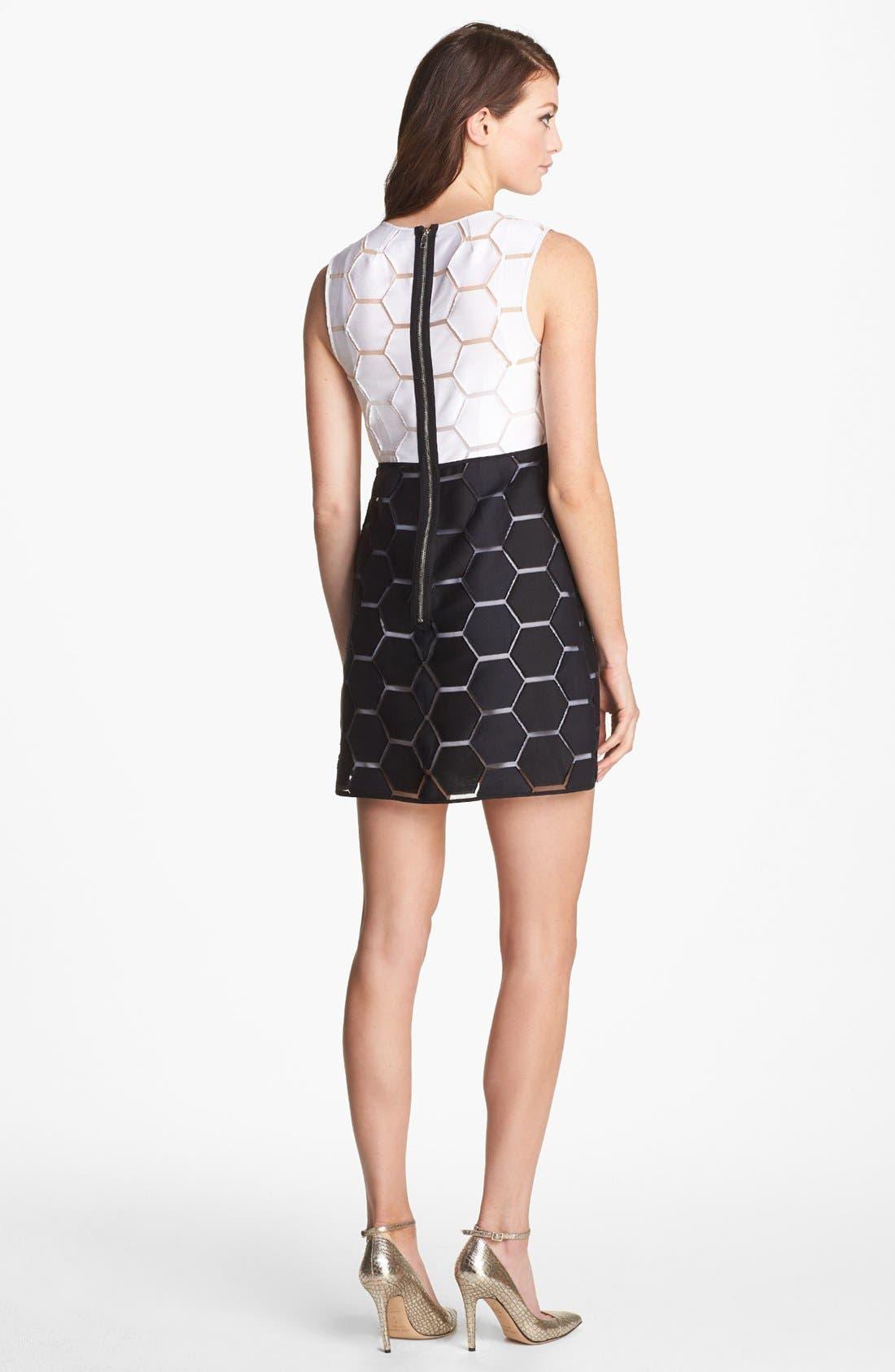 'Eloise' Hexagon Pattern Sleeveless Shift Dress,                             Alternate thumbnail 3, color,                             100