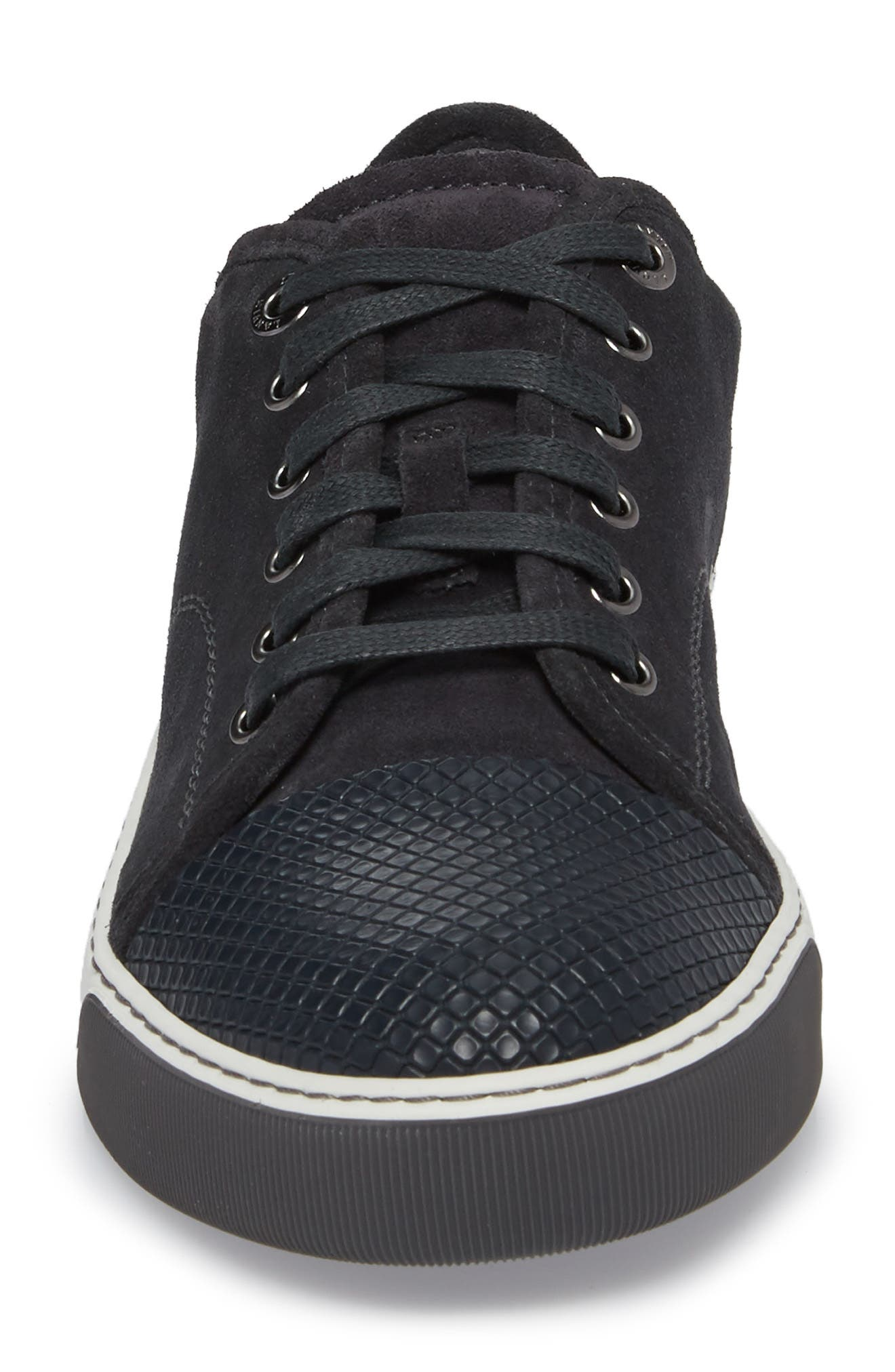 Classic Textured Cap Toe Sneaker,                             Alternate thumbnail 4, color,                             030