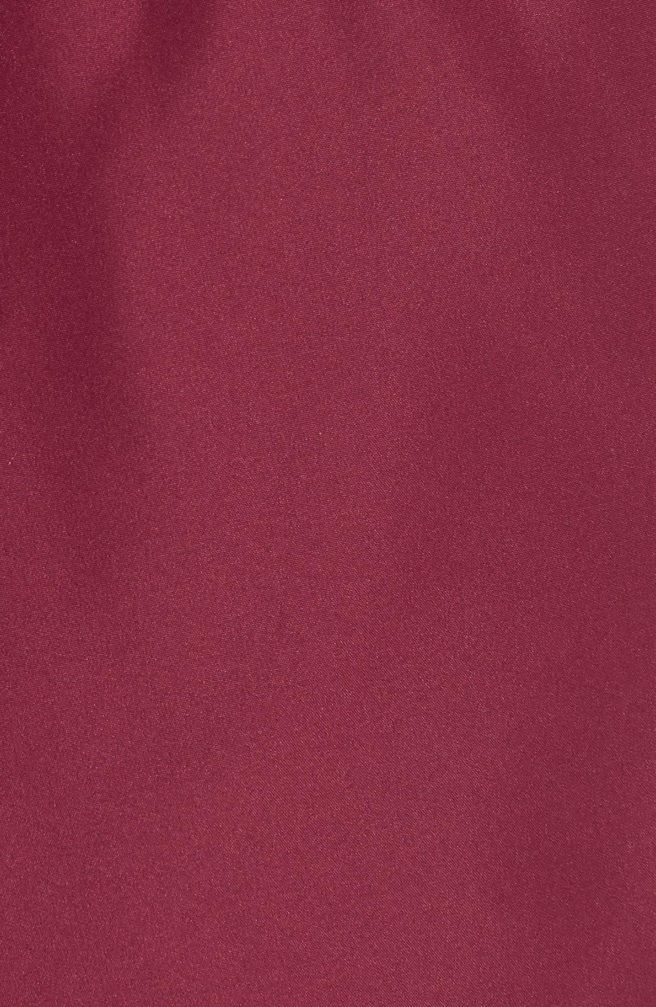 Programme Shorts,                             Alternate thumbnail 6, color,                             500