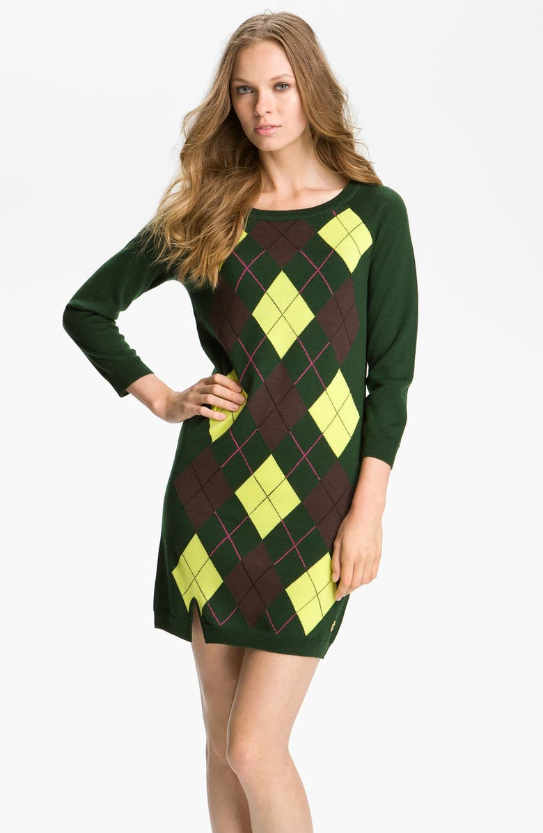 what to wear with argyle sweater