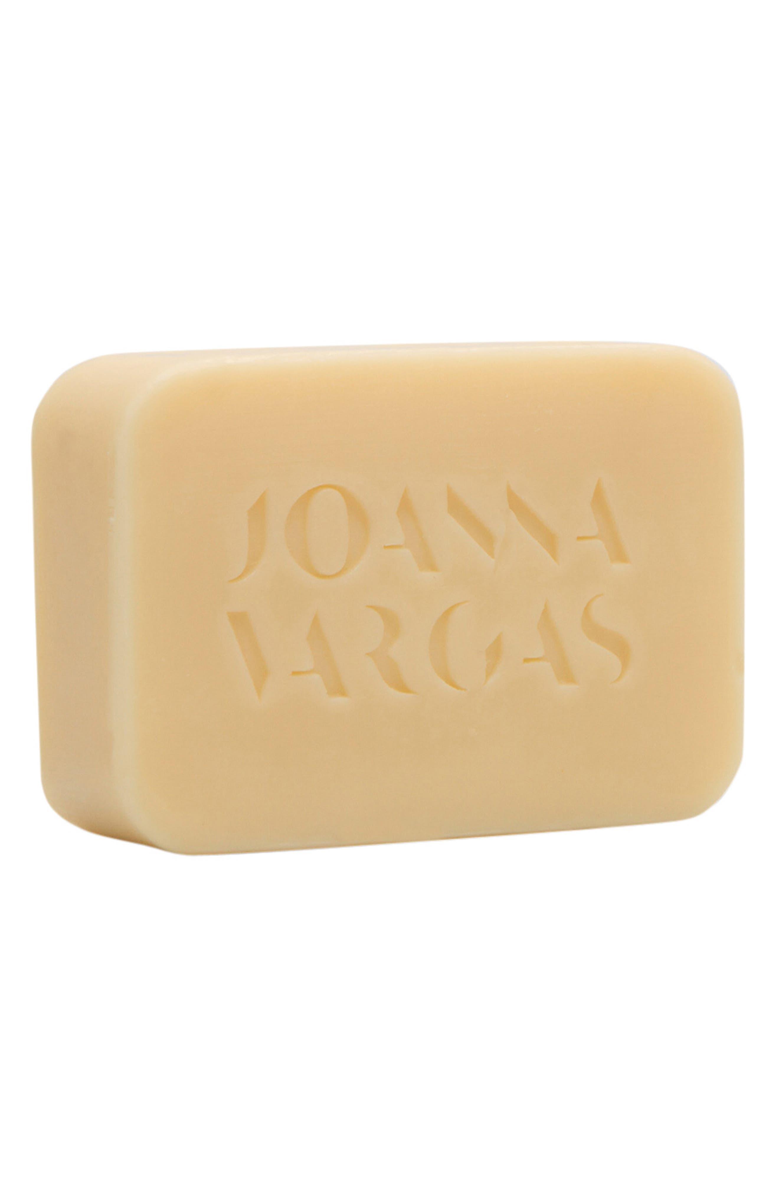 JOANNA VARGAS Cloud Bar
