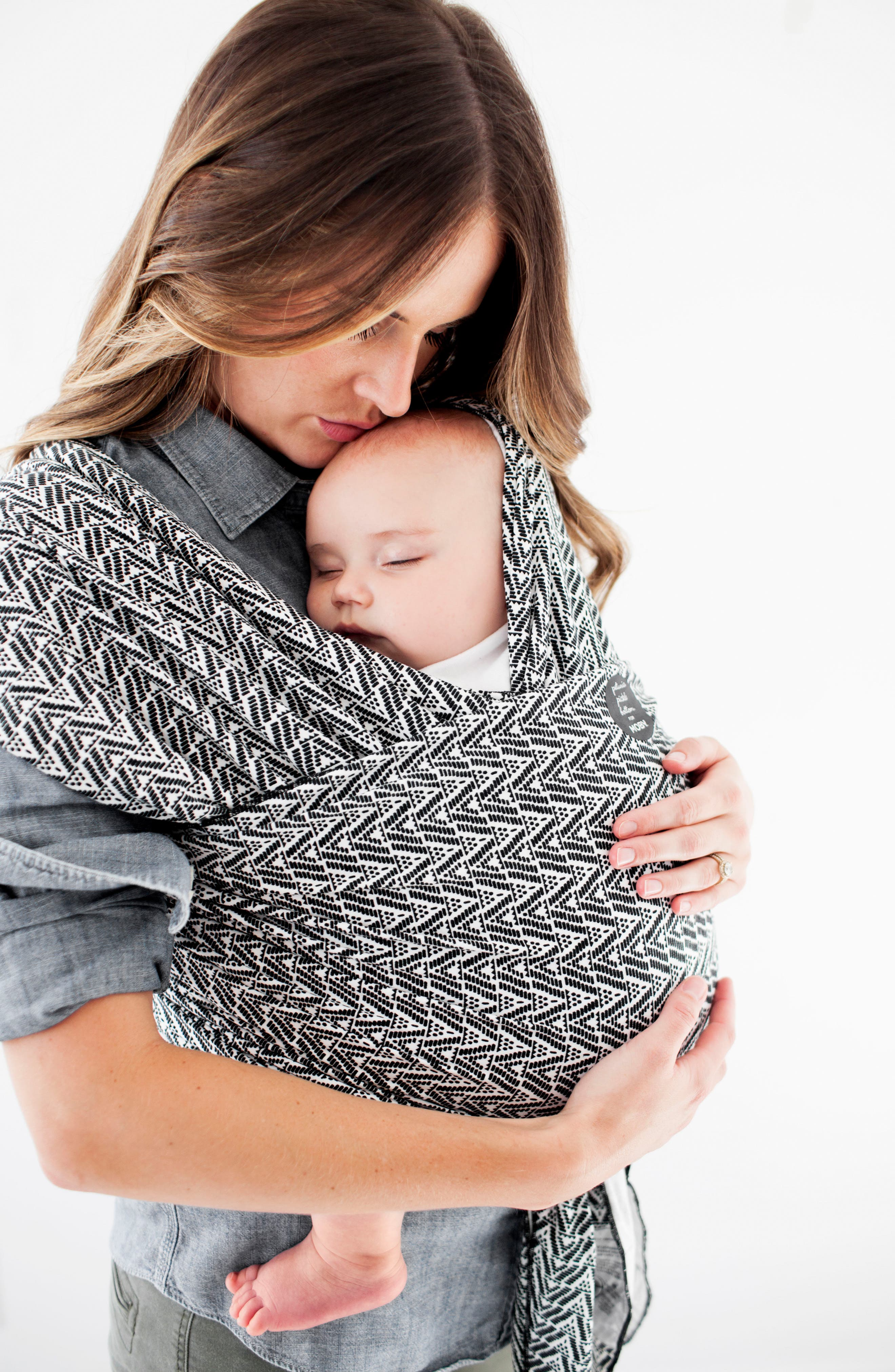 x Petunia Pickle Bottom Baby Carrier,                             Alternate thumbnail 2, color,                             BLACK/ WHITE