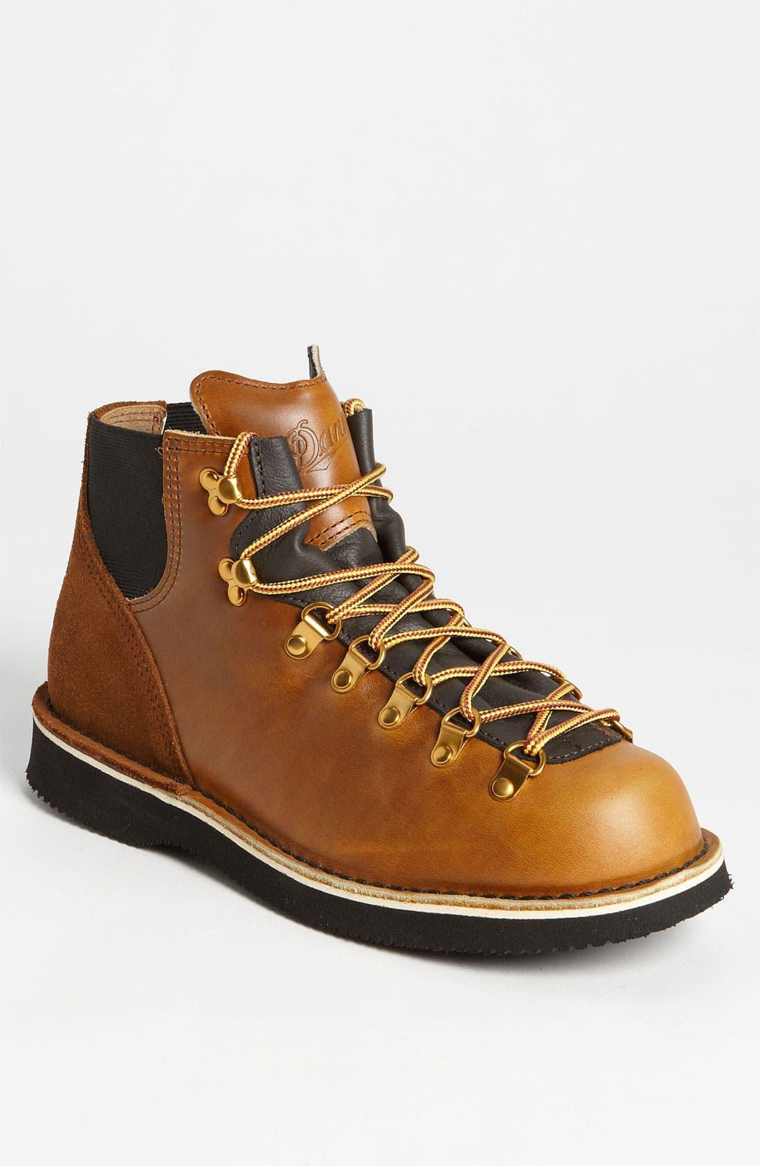 'Vertigo - 1845' Round Toe Boot, Main, color, 220
