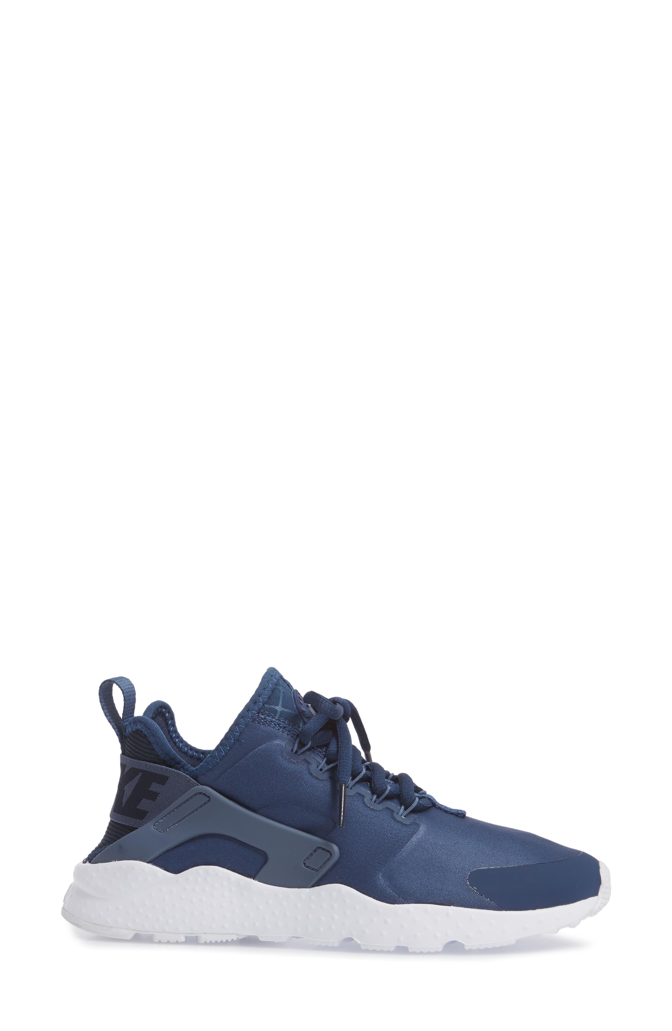 Air Huarache Sneaker,                             Alternate thumbnail 82, color,