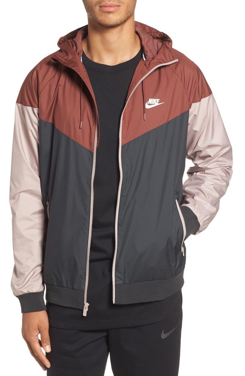 NIKE Windrunner Colorblock Jacket