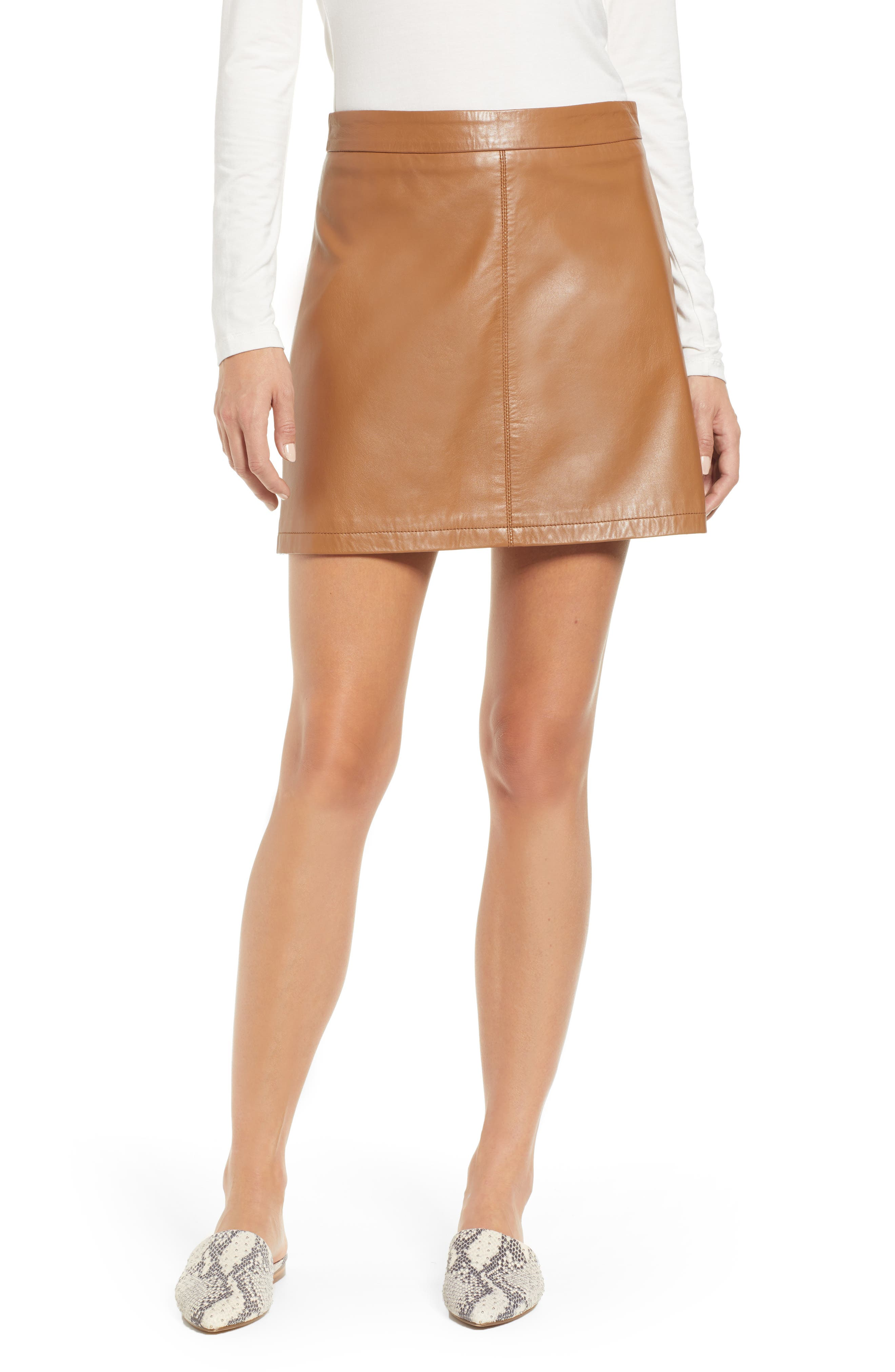 CUPCAKES AND CASHMERE Marrie Leather Mini Skirt in Dark Camel