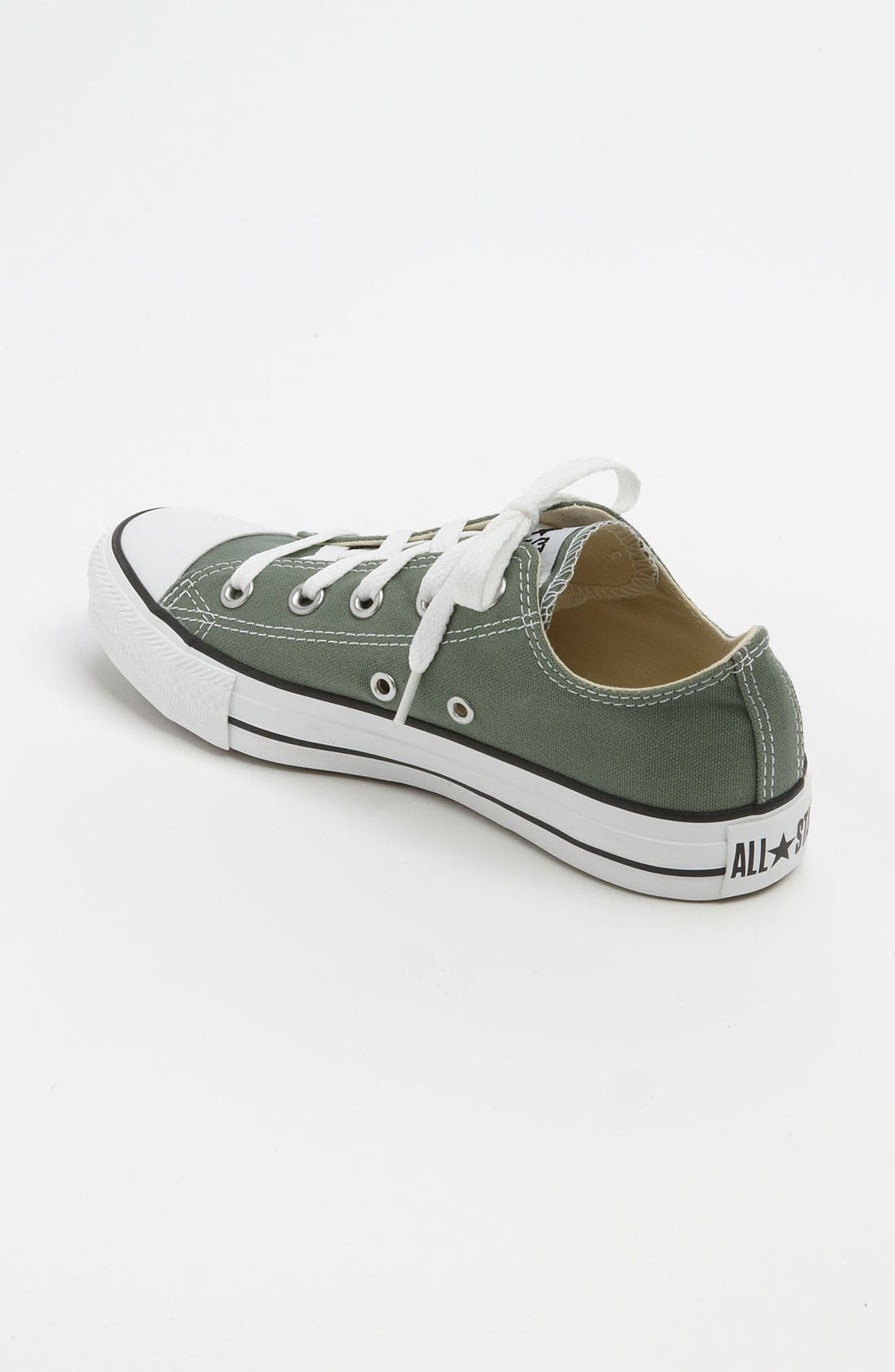 Chuck Taylor<sup>®</sup> Low Sneaker,                             Alternate thumbnail 105, color,