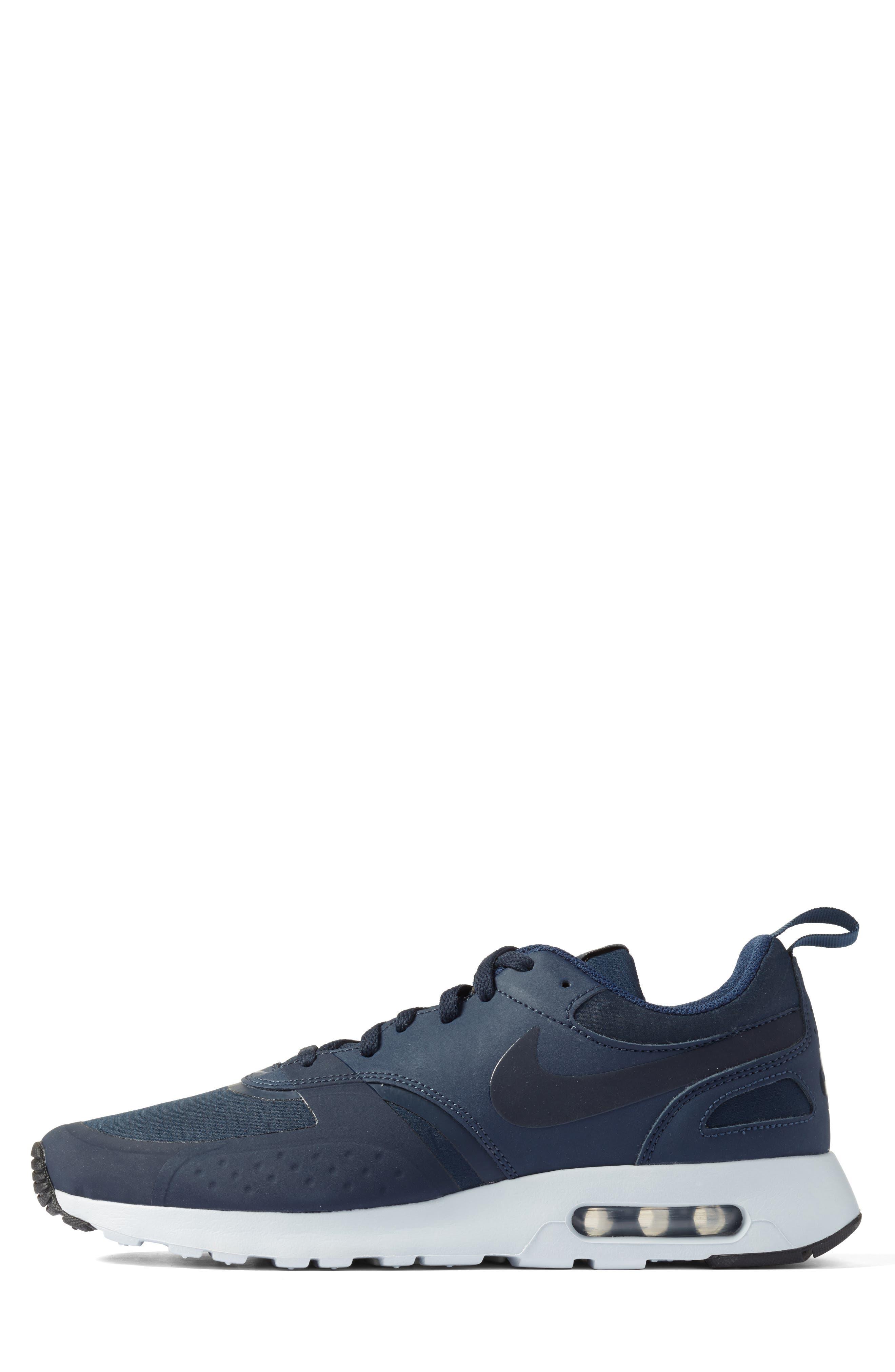 Air Max Vision Premium Sneaker,                             Alternate thumbnail 3, color,                             400