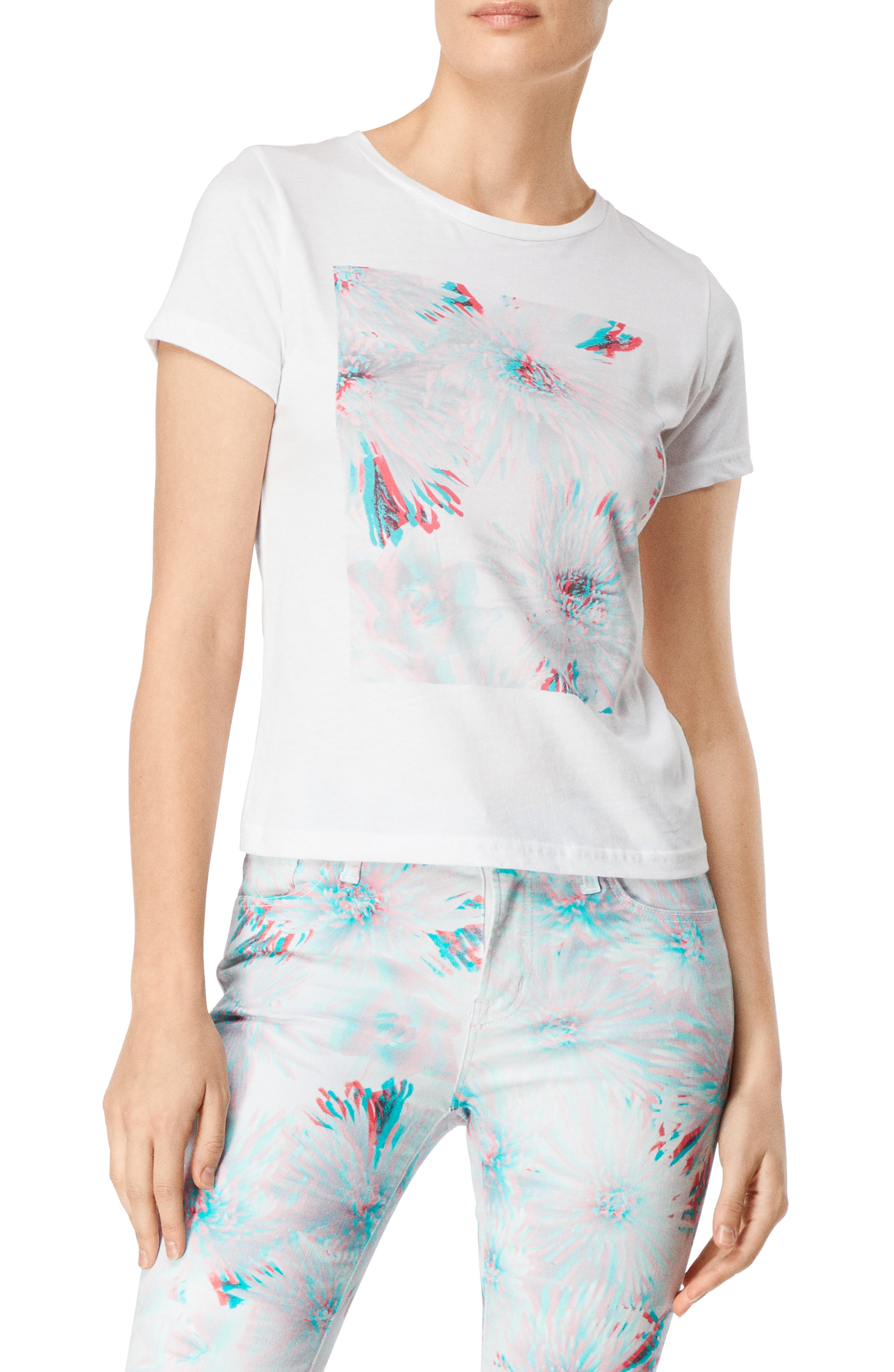 811 Floral 3D Graphic Cotton Tee in 3D Odyssey