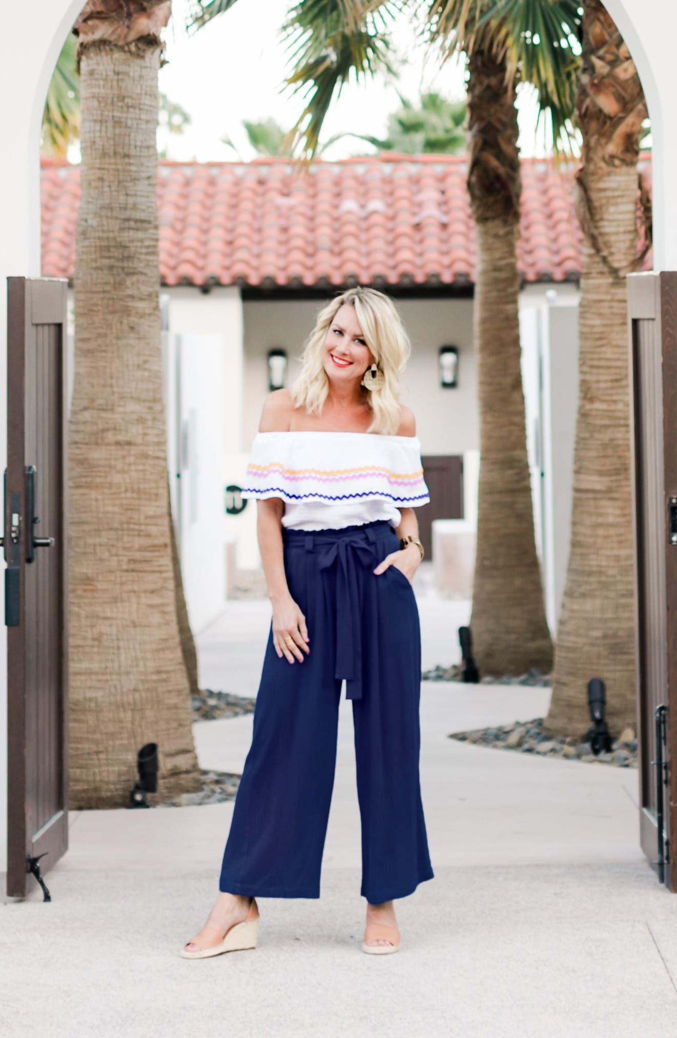 GIBSON,                             x Hi Sugarplum! Sedona Wide Leg Ankle Pants,                             Alternate thumbnail 8, color,                             CHAMBRAY SOLID