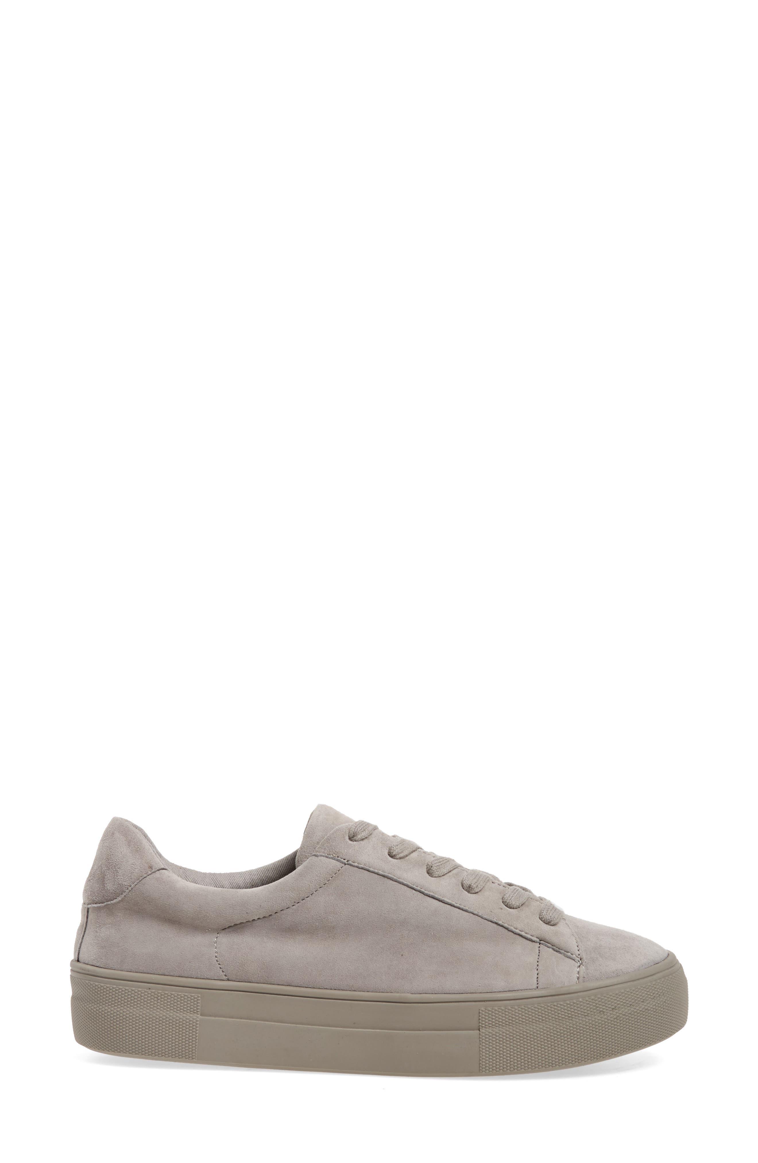 Gisela Low Top Sneaker,                             Alternate thumbnail 3, color,                             020