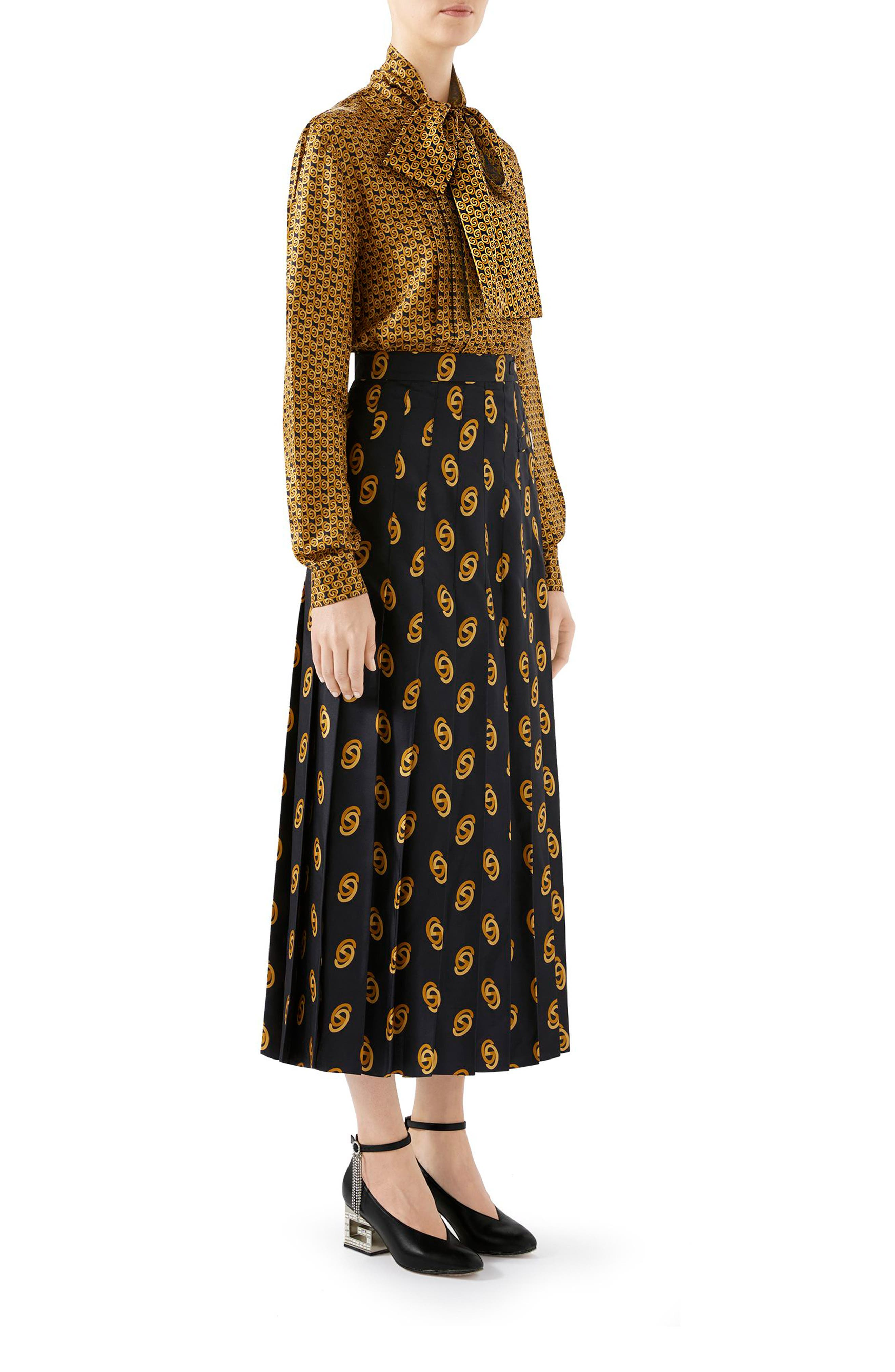 GUCCI,                             Pleated GG Silk Twill Skirt,                             Alternate thumbnail 3, color,                             1744 BLACK/ GOLD PRINTED