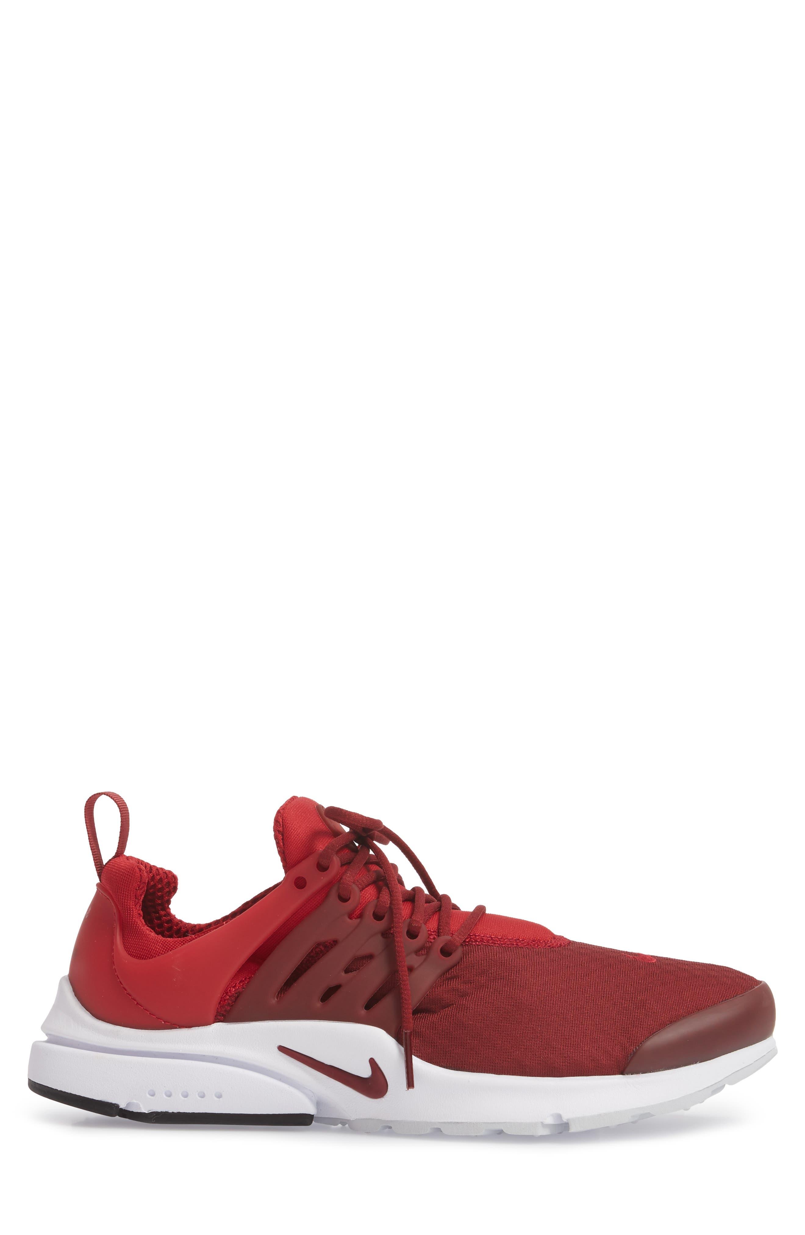 Air Presto Essential Sneaker,                             Alternate thumbnail 37, color,