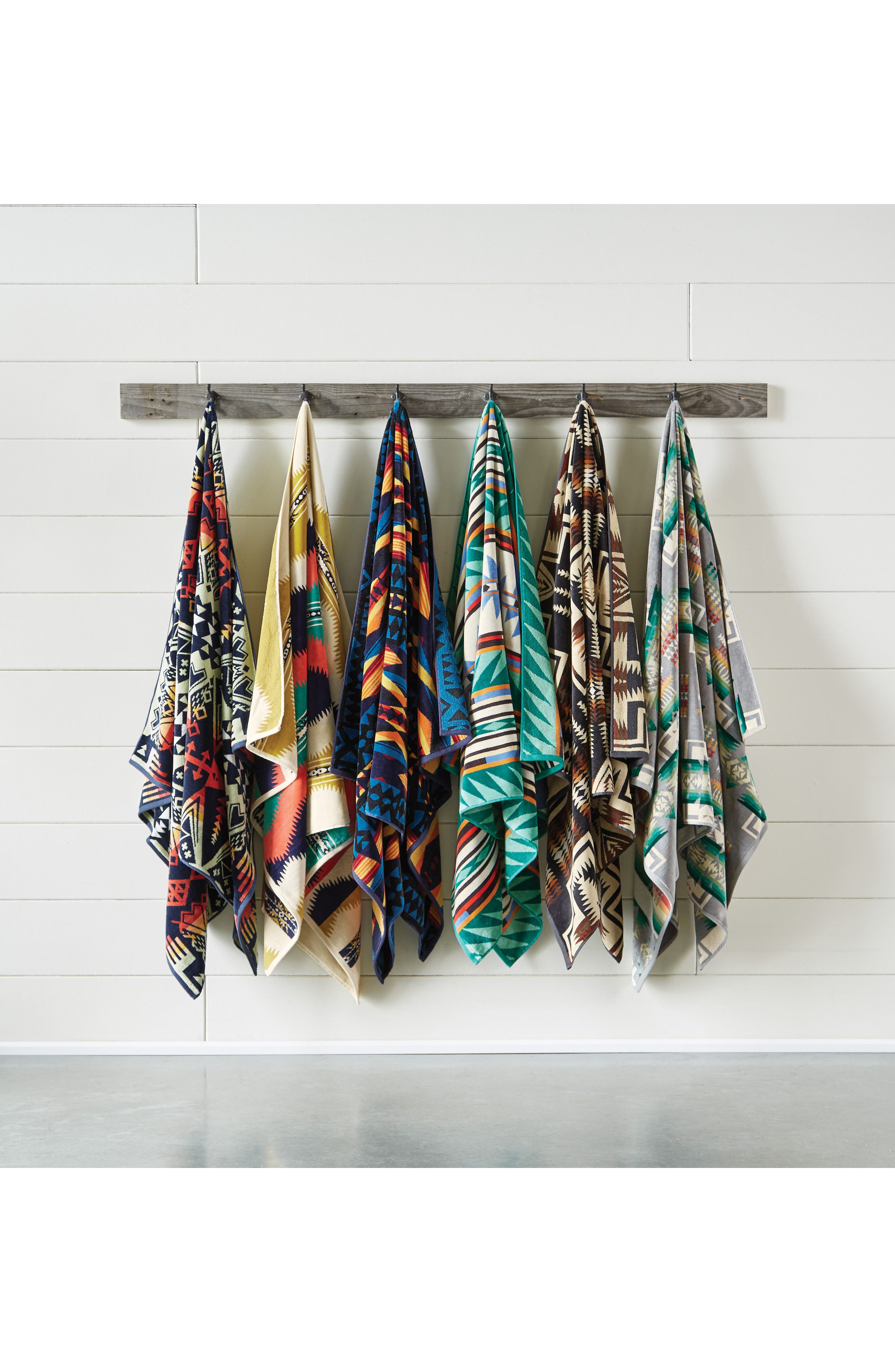 Arrow Revival Jacquard Towel,                             Alternate thumbnail 2, color,                             NAVY