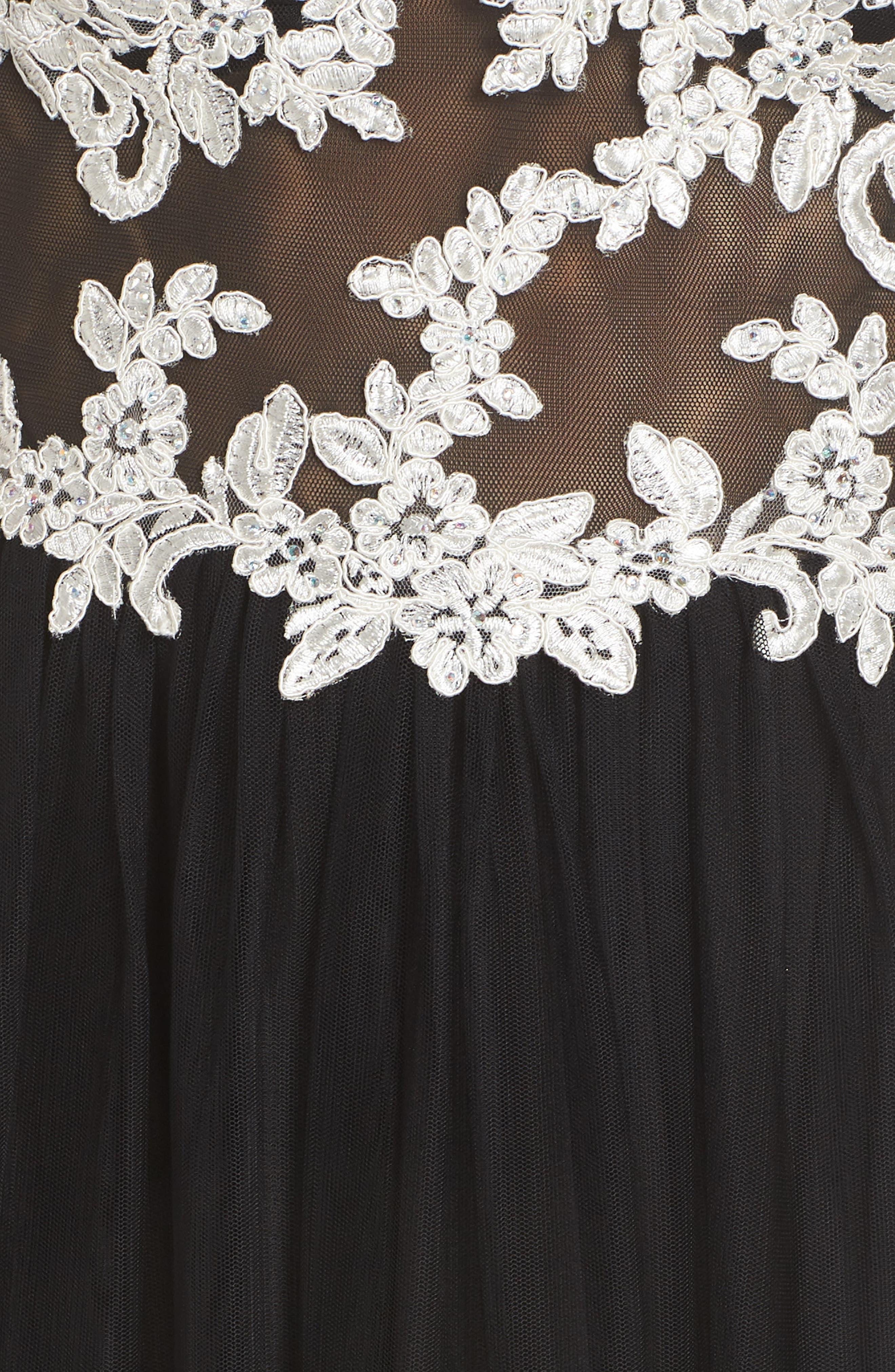 Floral Appliqué V-Neck Gown,                             Alternate thumbnail 6, color,                             BLACK/ WHITE
