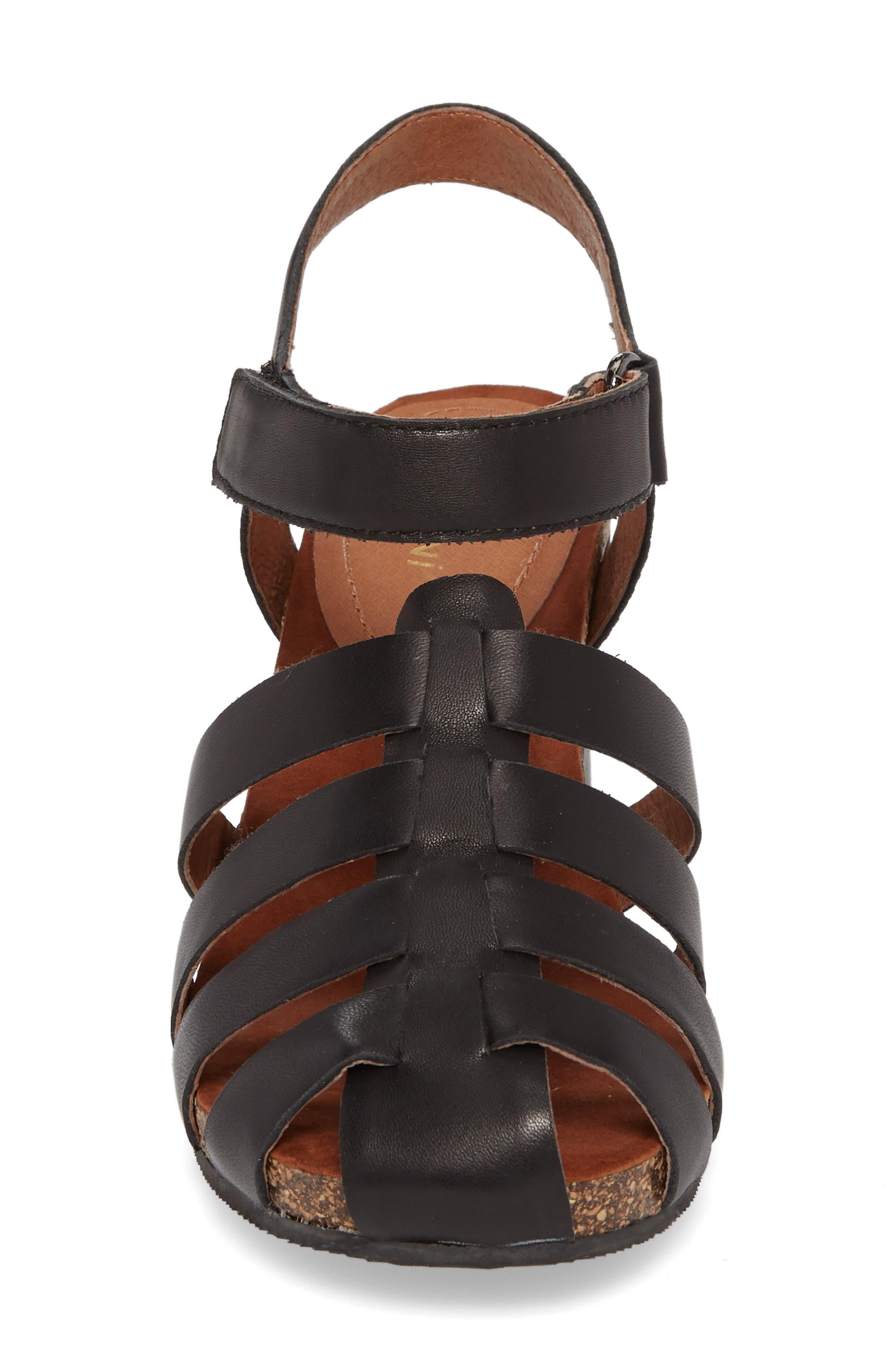 Carrara Block Heel Sandal,                             Alternate thumbnail 4, color,                             BLACK LEATHER