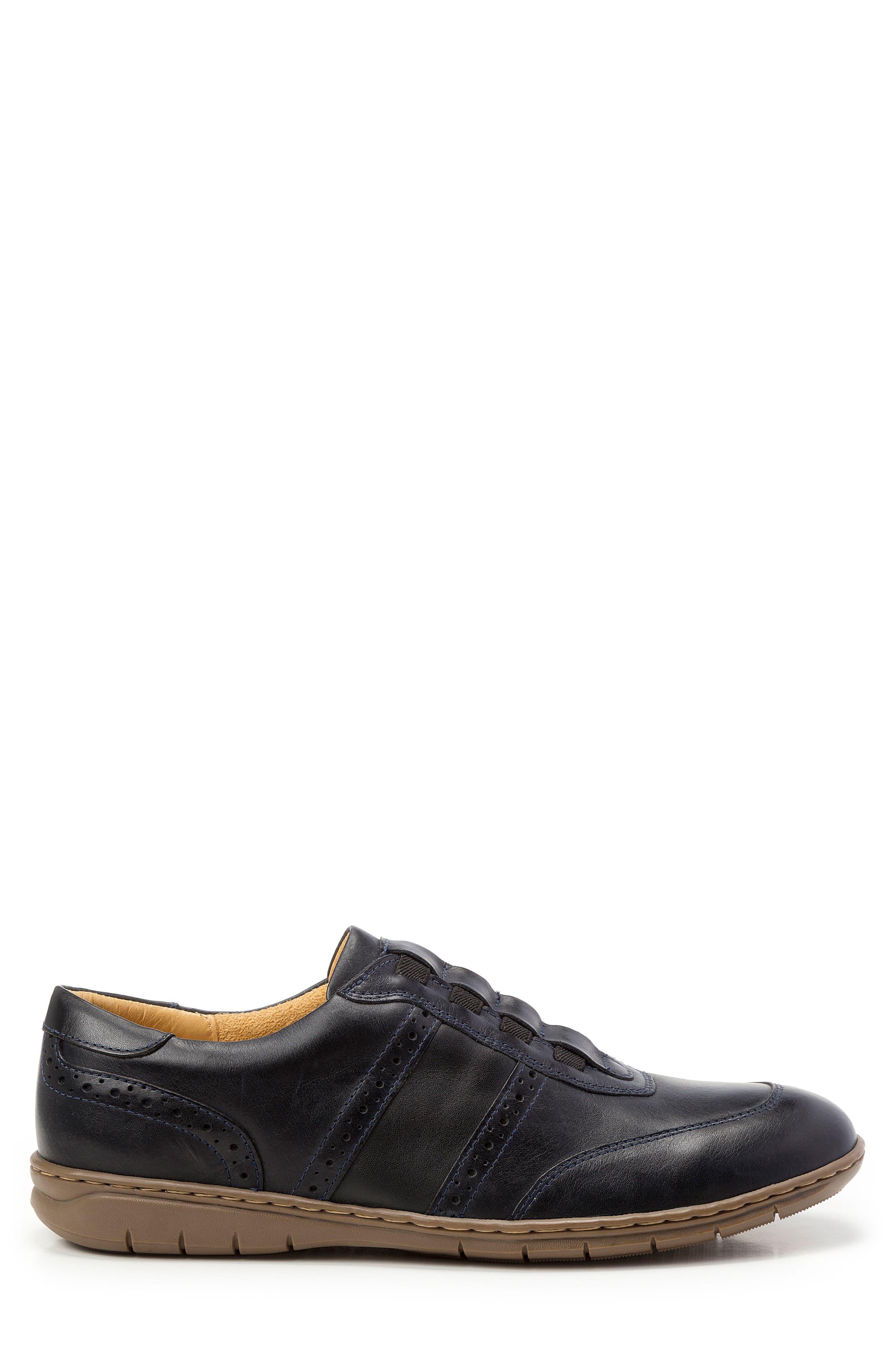 Noah Slip-On Sneaker,                             Alternate thumbnail 3, color,                             BLACK