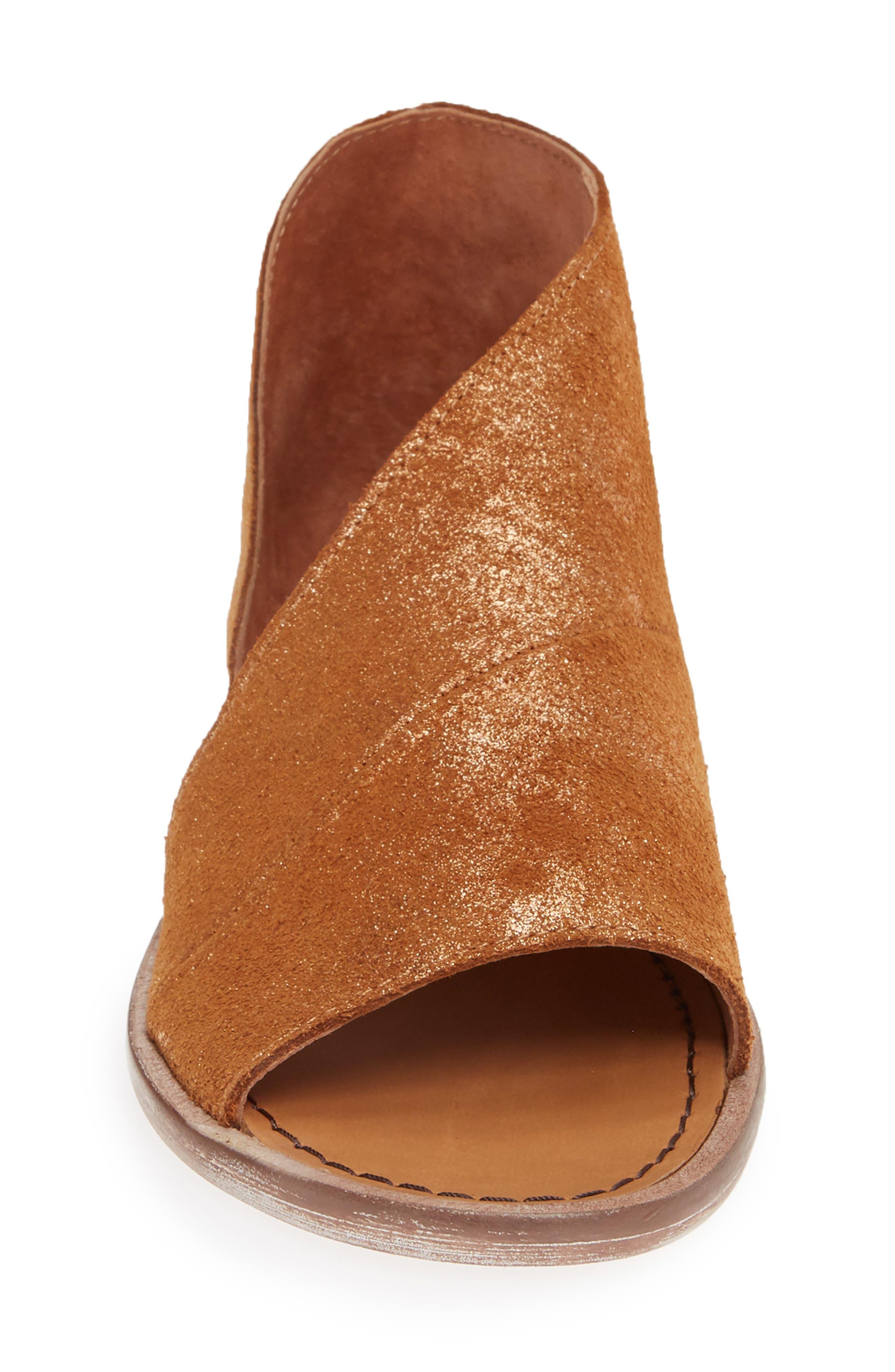 FREE PEOPLE,                             'Mont Blanc' Asymmetrical Sandal,                             Alternate thumbnail 4, color,                             ROSE