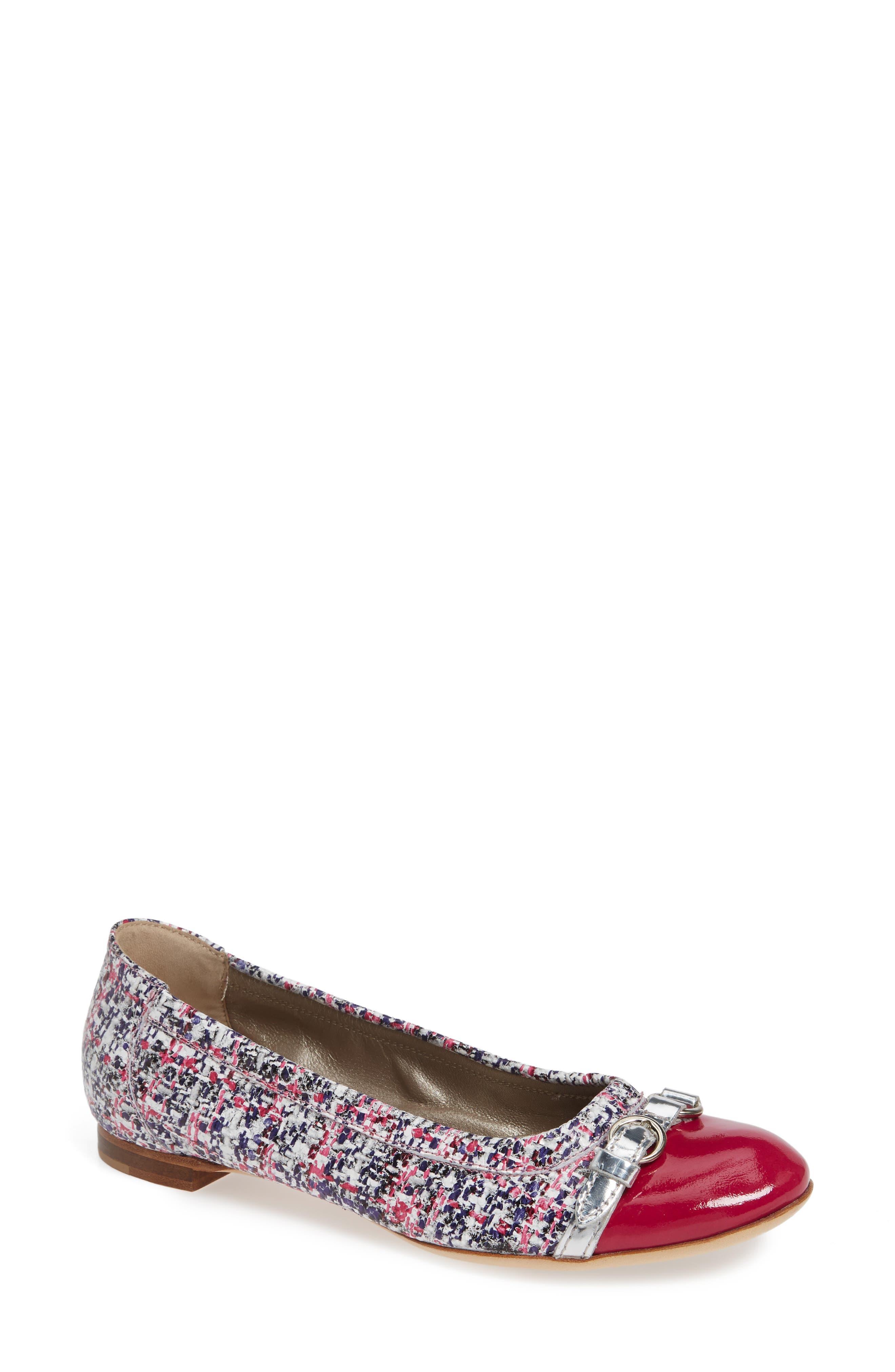 AGL ATTILIO GIUSTI LEOMBRUNI Cap Toe Ballet Flat in Pink Tweed Print