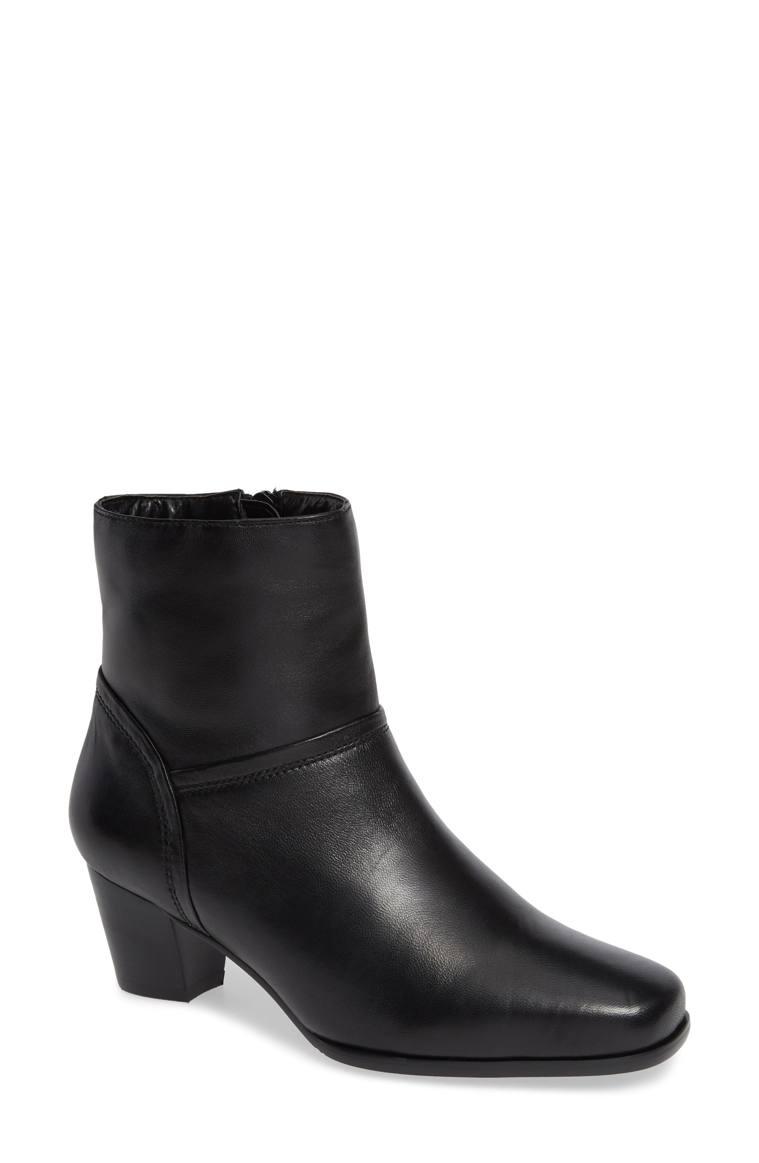 David Tate Model Bootie, Black