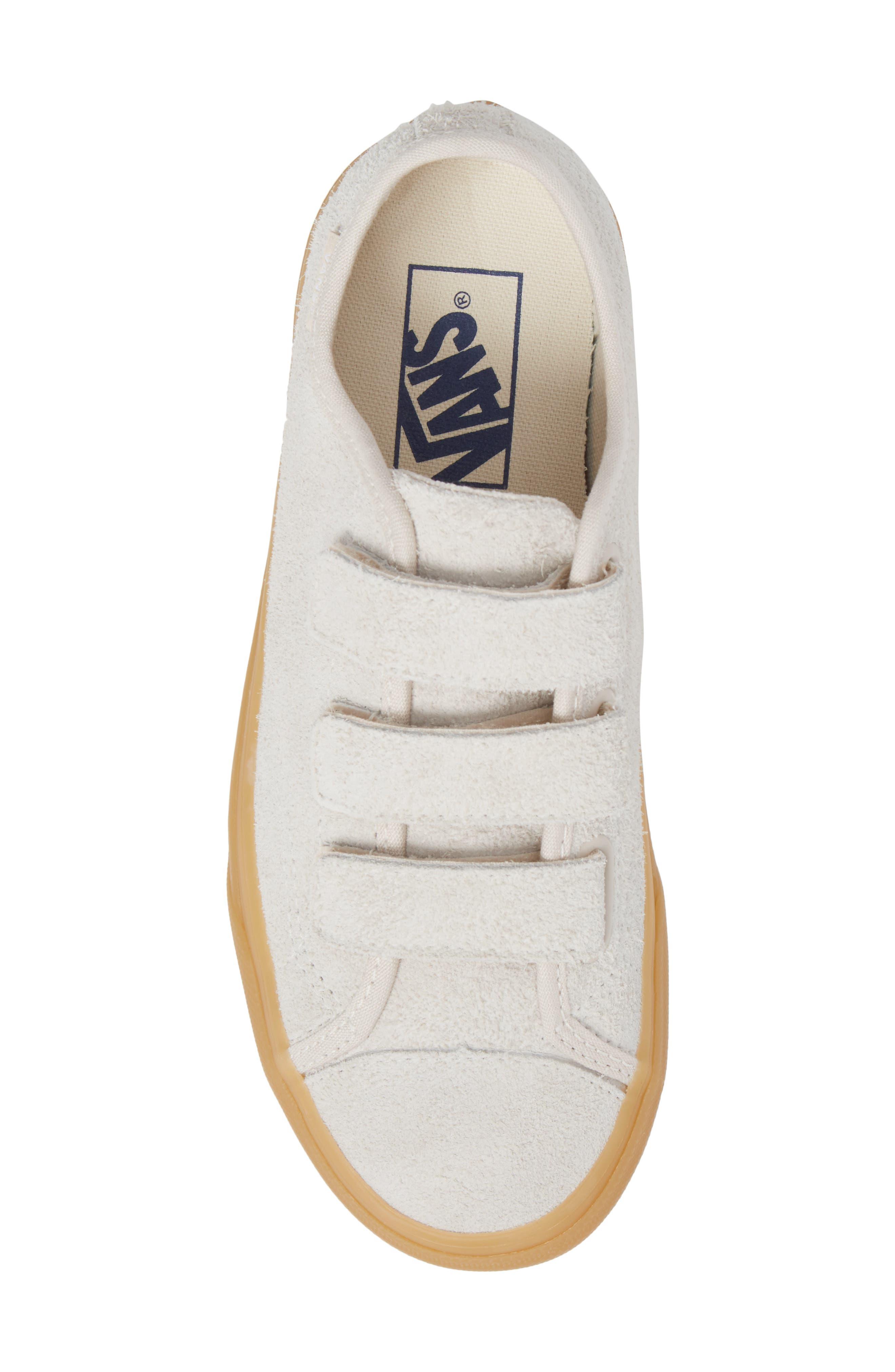 Style 23 V Sneaker,                             Alternate thumbnail 39, color,