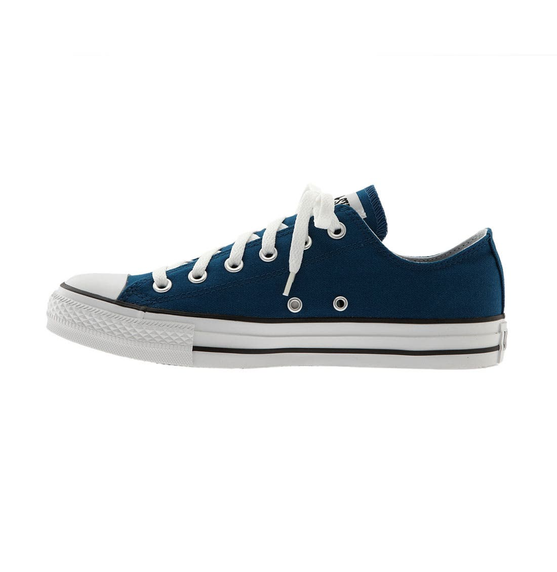 Chuck Taylor<sup>®</sup> Low Sneaker,                             Alternate thumbnail 112, color,