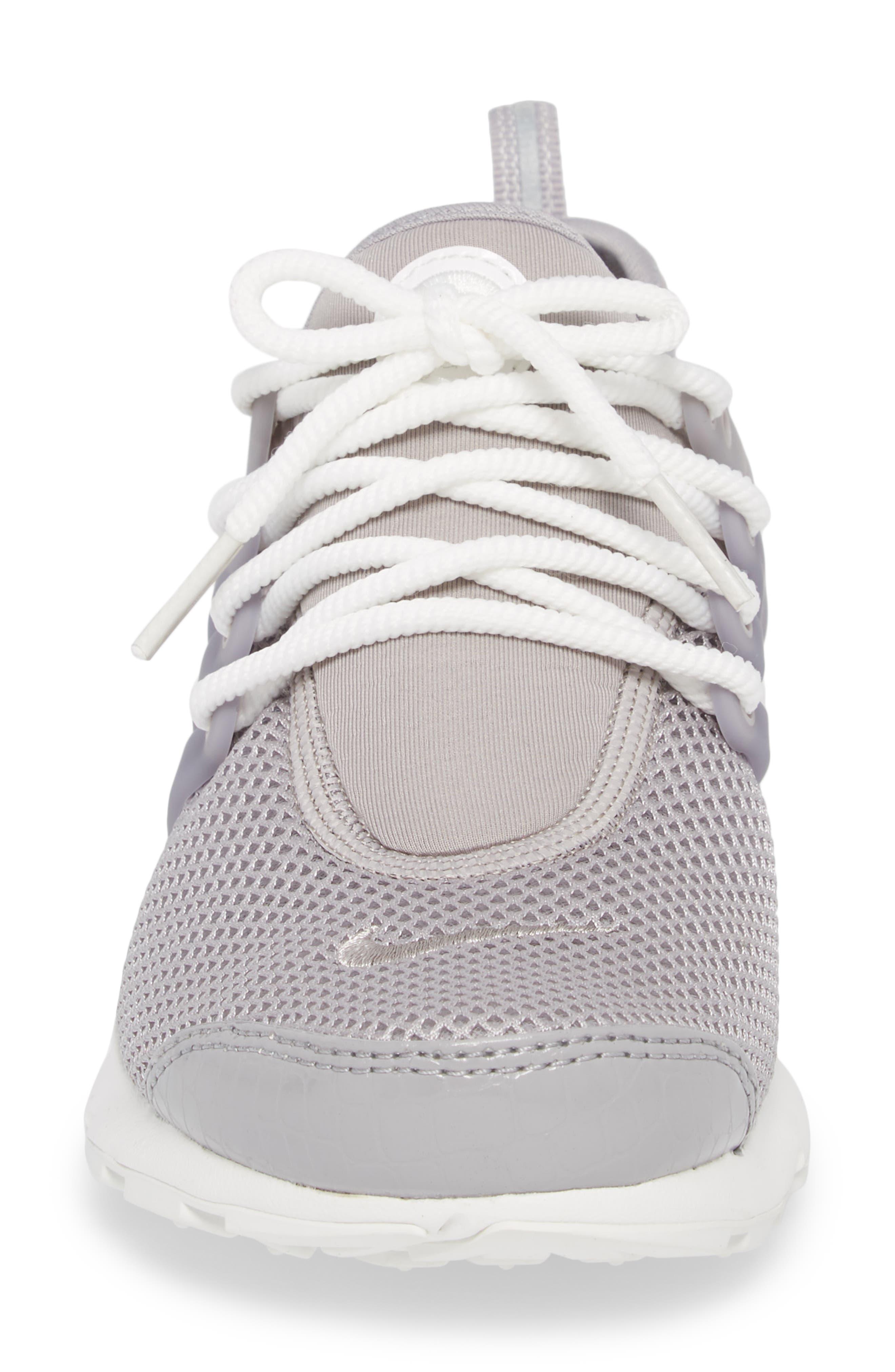 Air Presto SE Sneaker,                             Alternate thumbnail 4, color,                             021