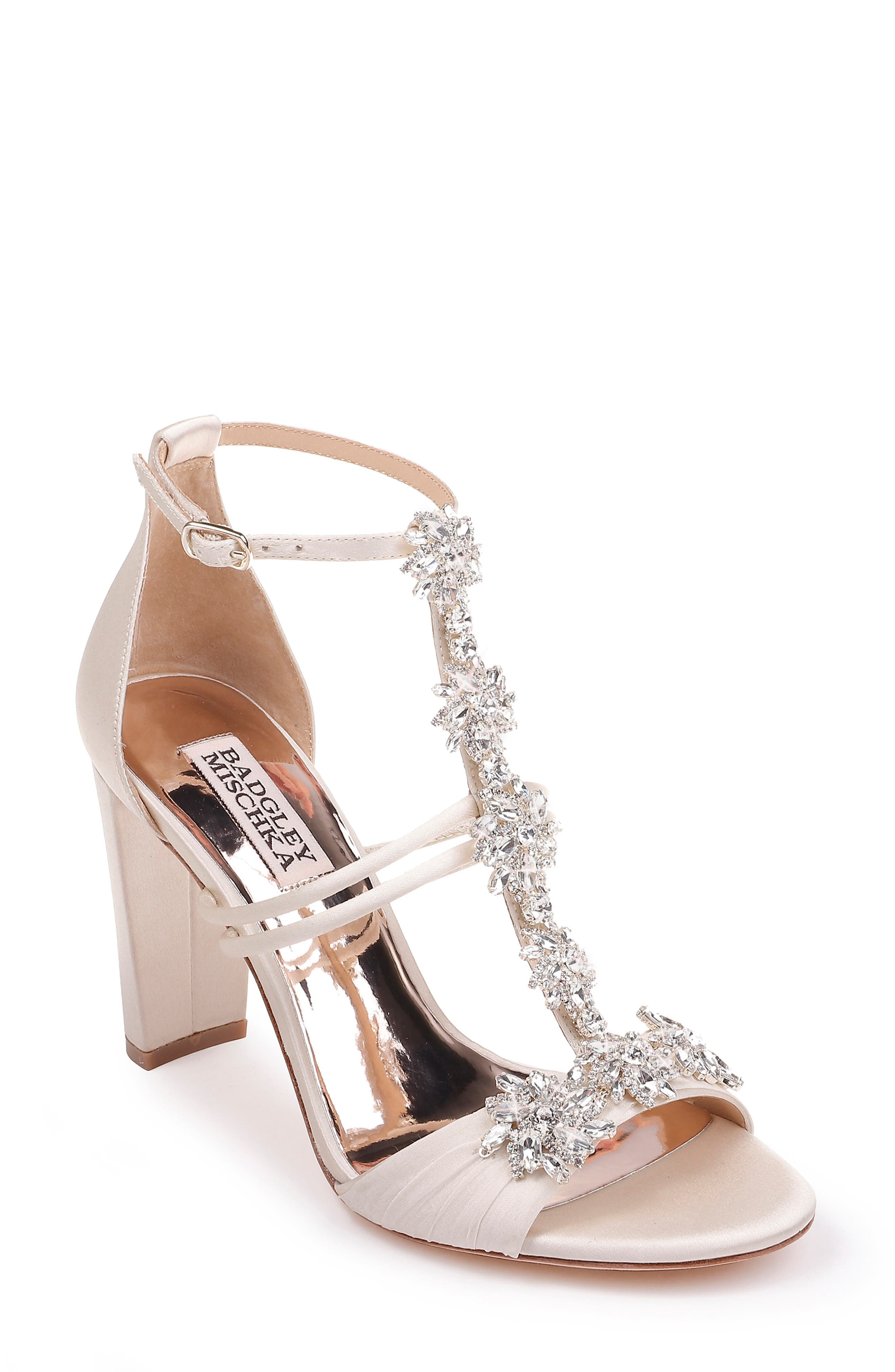 Badgley Mischka Laney Sandal, Ivory