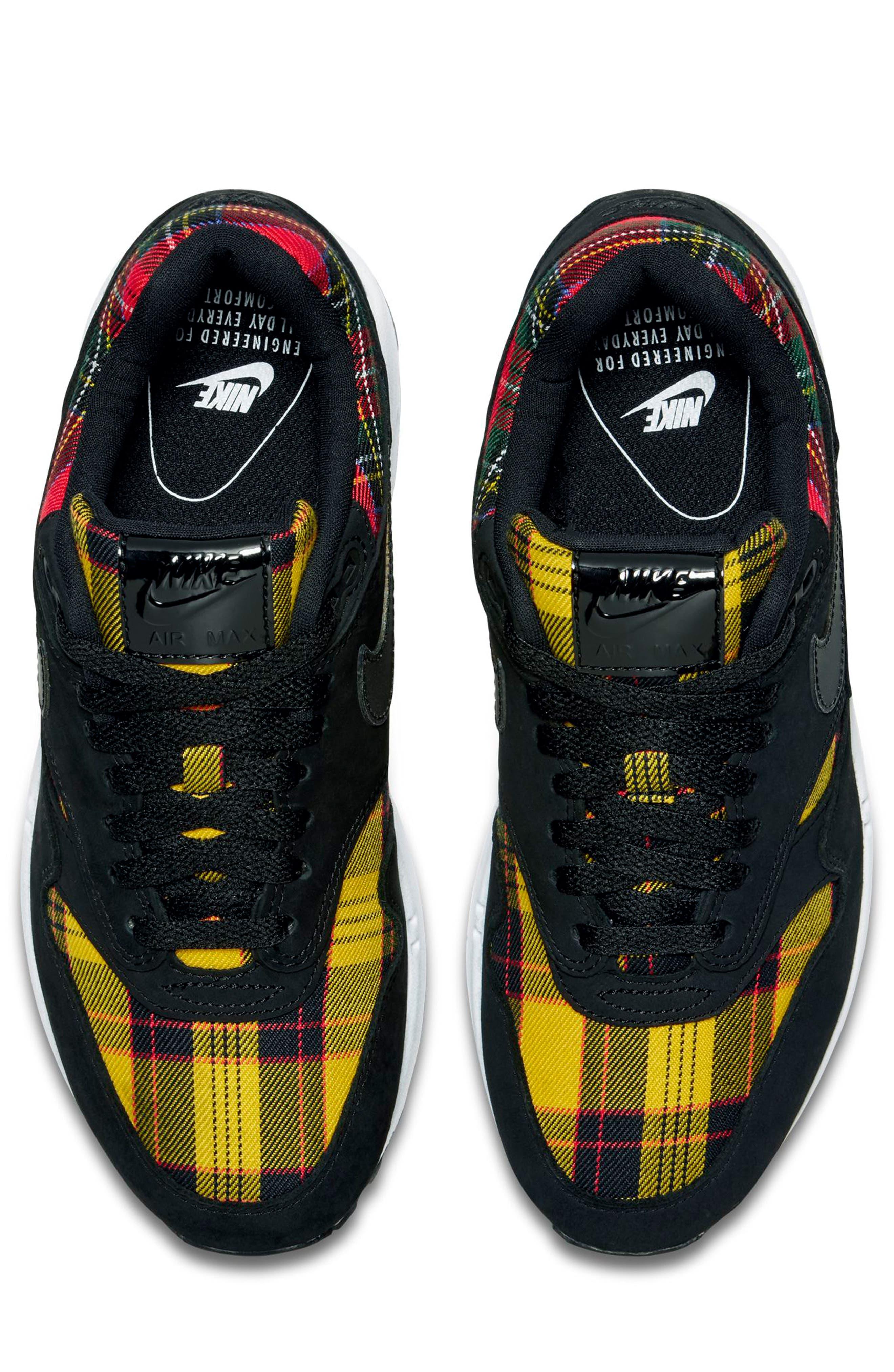 Air Max 1 SE Sneaker,                             Alternate thumbnail 4, color,                             BLACK/ BLACK/ UNIVERSITY RED