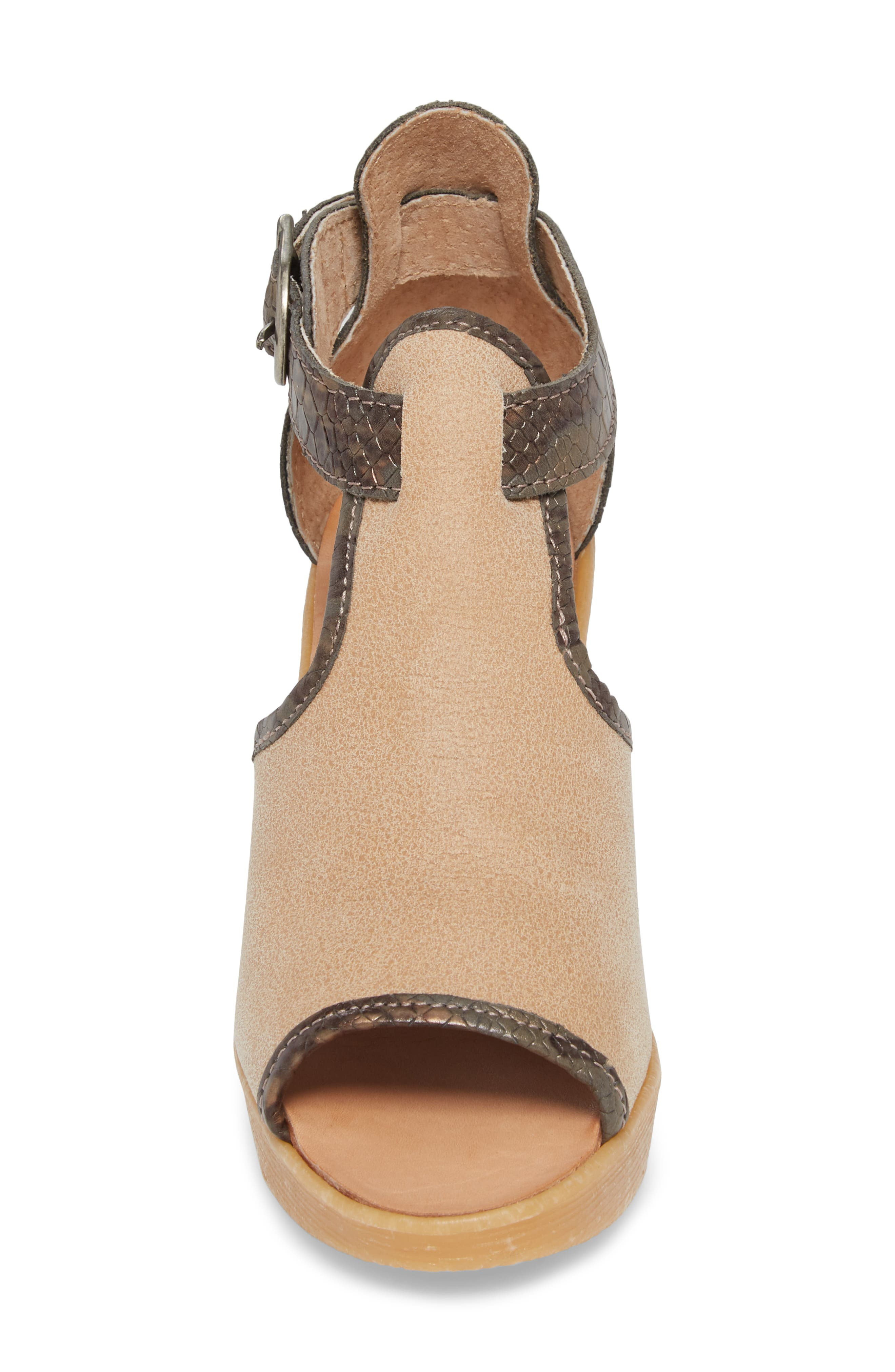 Queen Bee Wedge Sandal,                             Alternate thumbnail 4, color,                             NUDE MIX LEATHER
