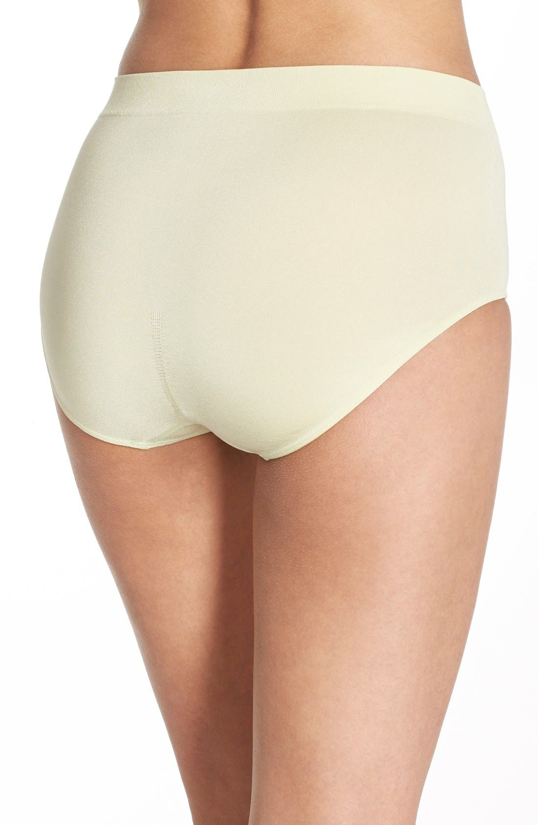 B Smooth Briefs,                             Alternate thumbnail 106, color,