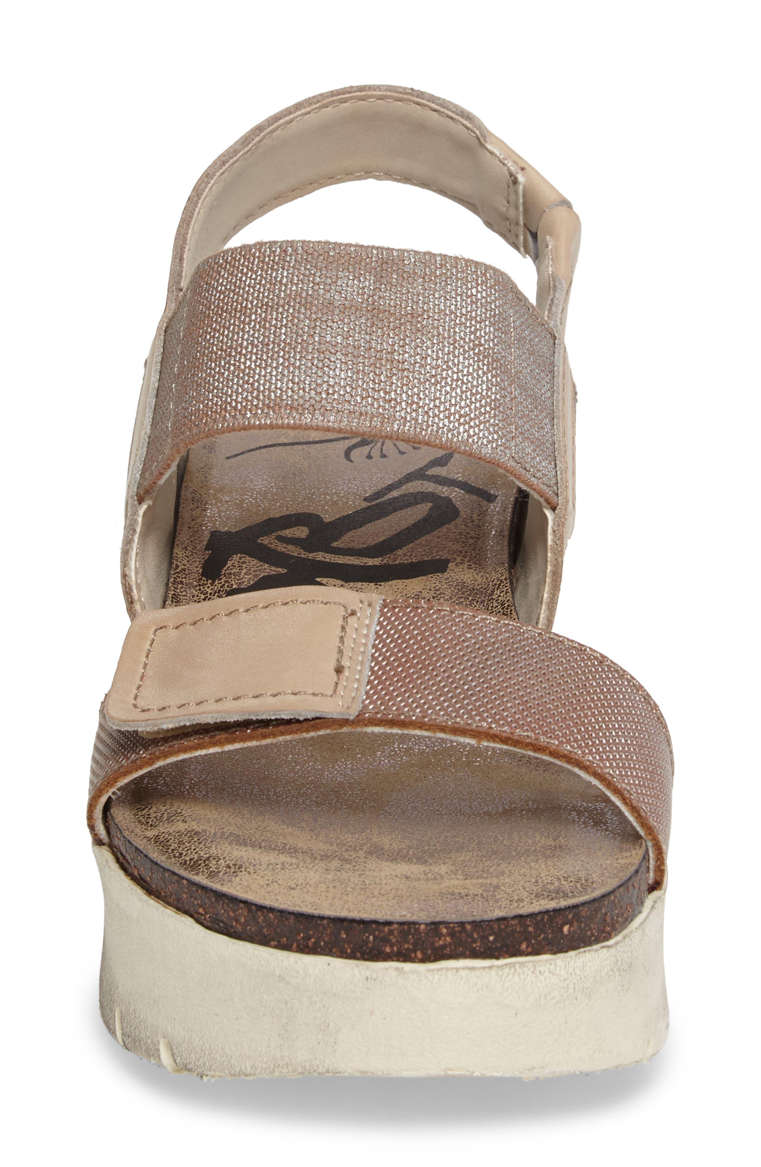 Nova Platform Sandal,                             Alternate thumbnail 4, color,                             SILVER LEATHER