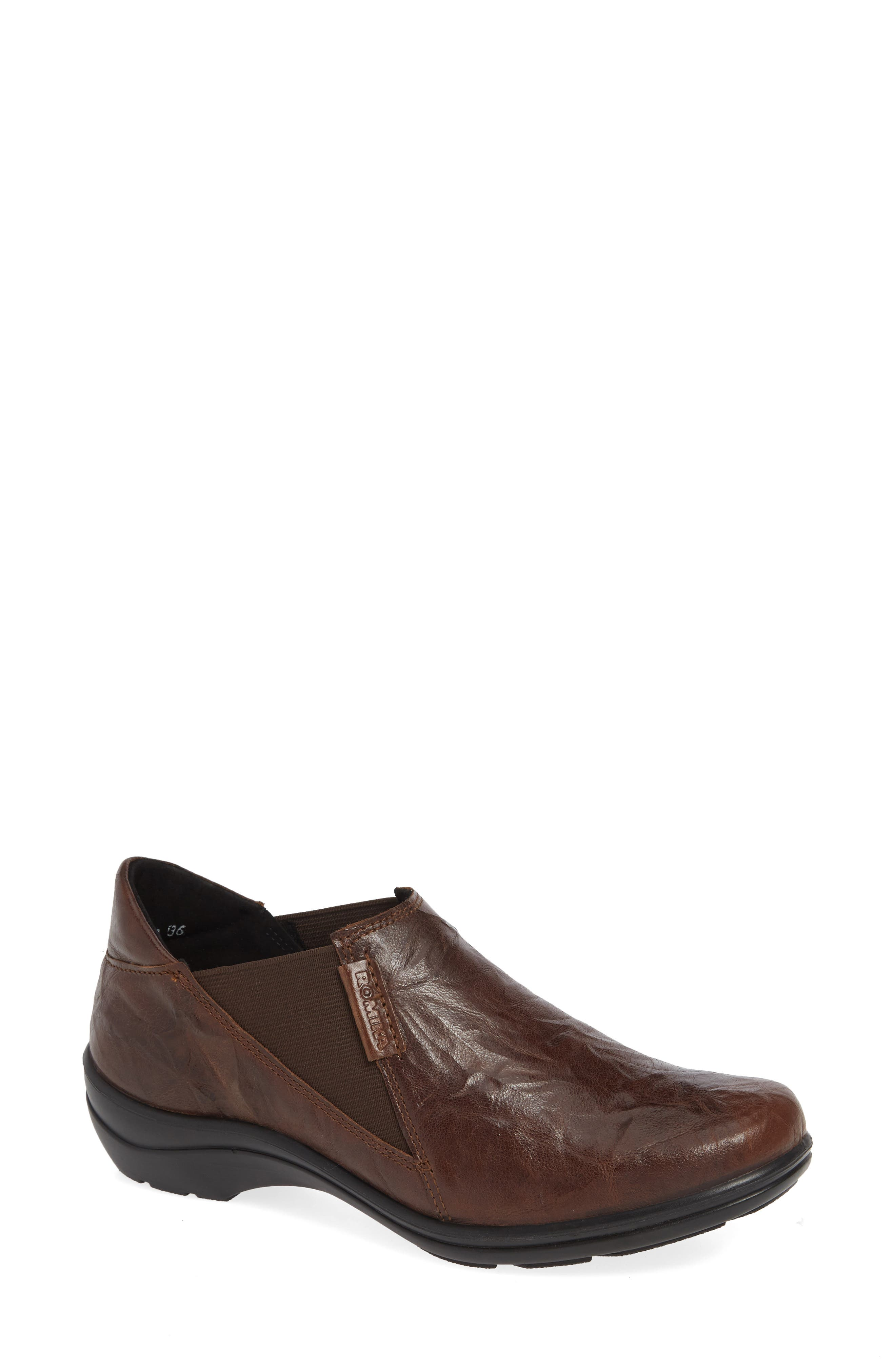 Cassie 44 Ankle Bootie,                         Main,                         color, MORO BO BROWN