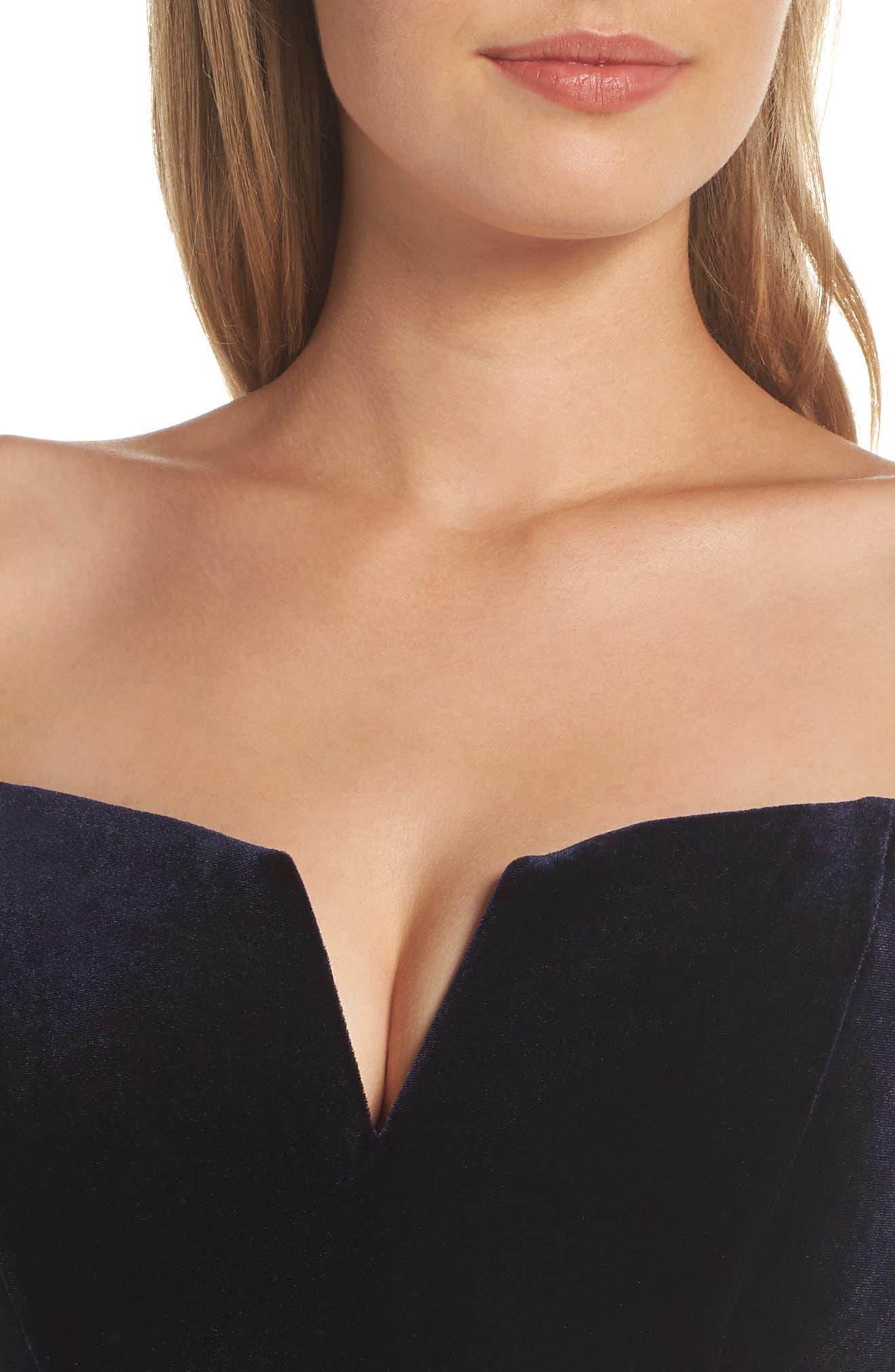 Notch Neck Velvet Off the Shoulder Gown,                             Alternate thumbnail 4, color,                             NAVY