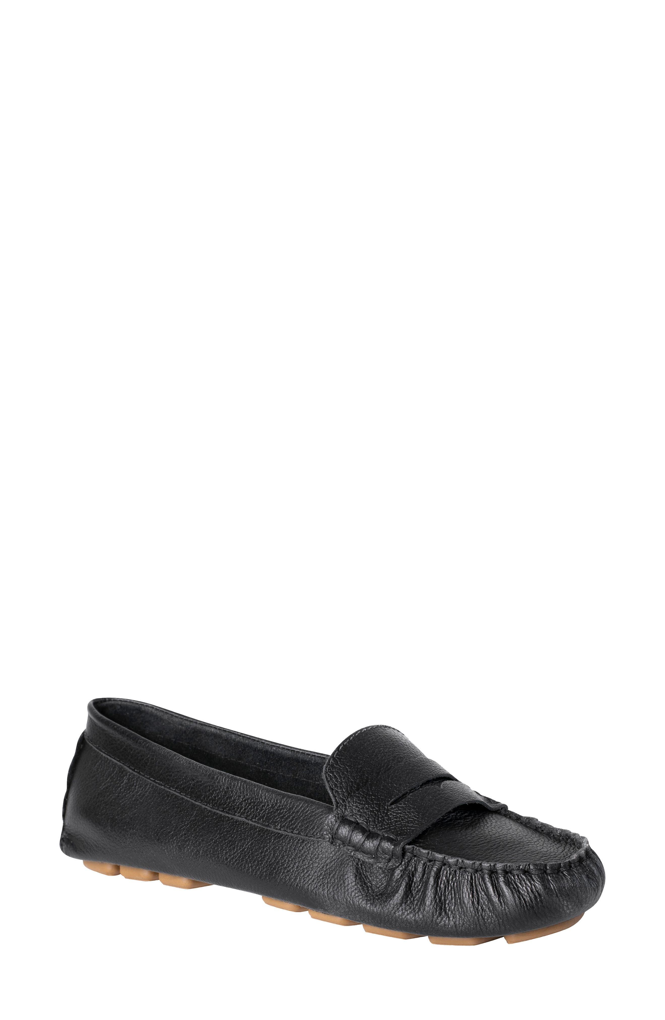 Ukies Driving Moccasin Loafer Black