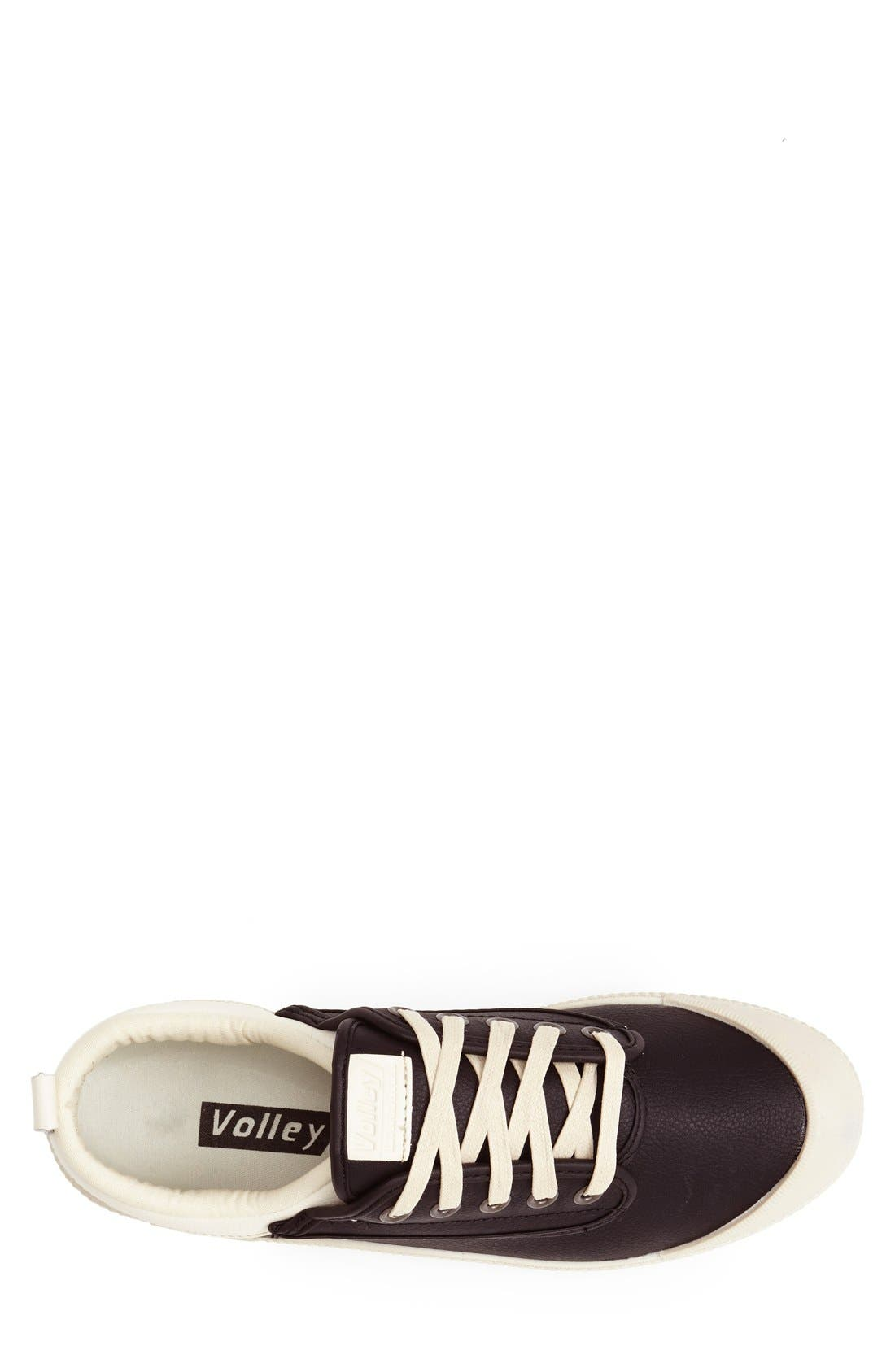 'International' Leather Sneaker,                             Alternate thumbnail 4, color,                             015