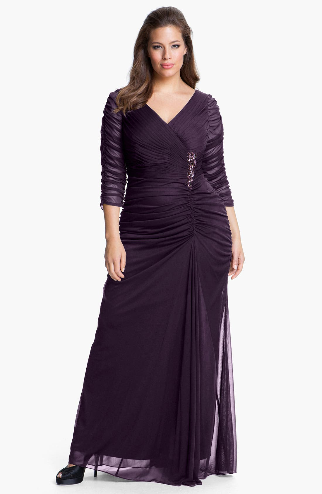 Vintage Cocktail Dresses, Party Dresses, Prom Dresses Plus Size Womens Adrianna Papell Beaded Mesh Gown Size 20W - Burgundy $180.00 AT vintagedancer.com