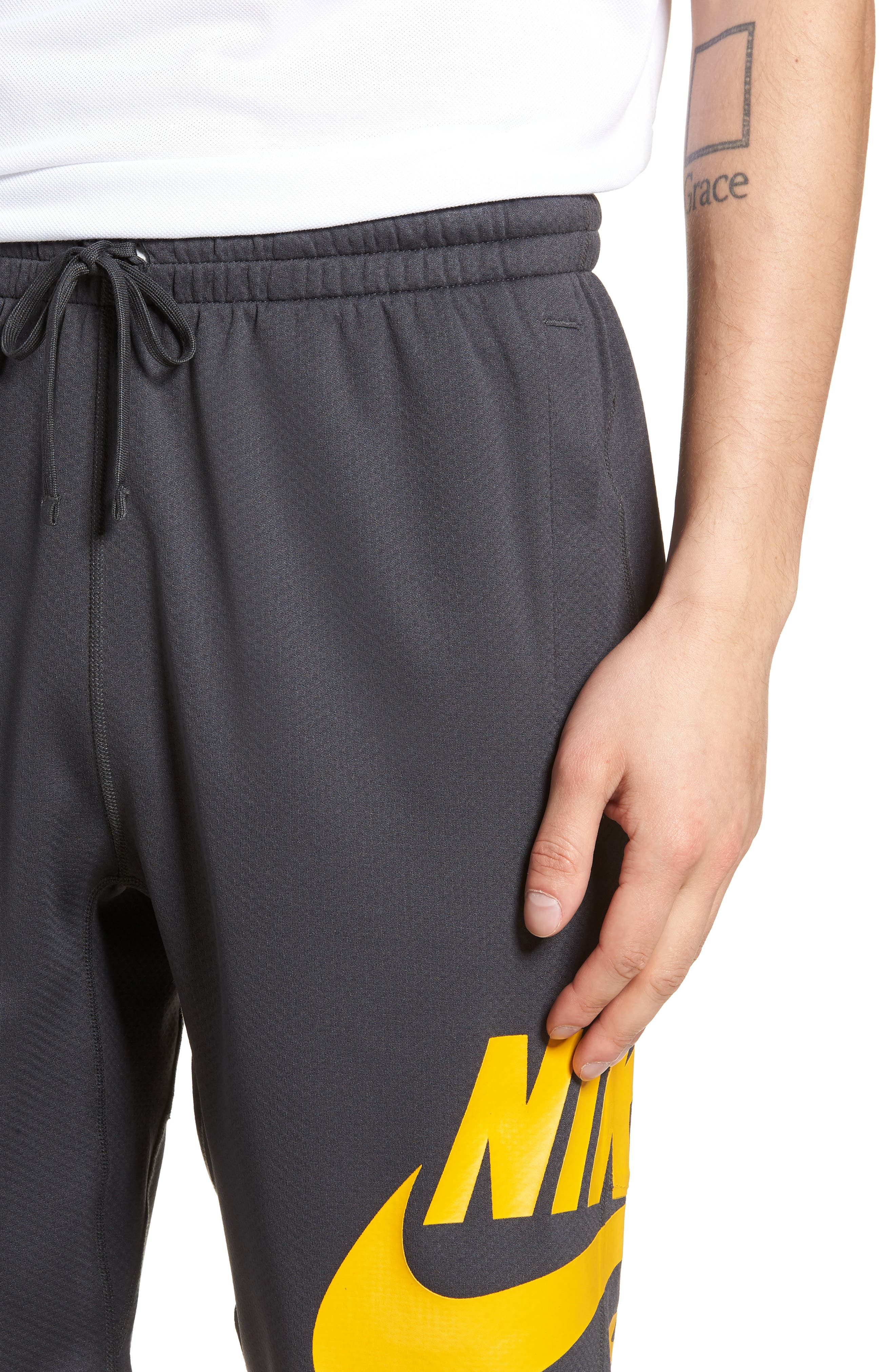 Sunday Dri-FIT Shorts,                             Alternate thumbnail 4, color,                             ANTHRACITE/ YELLOW OCHRE