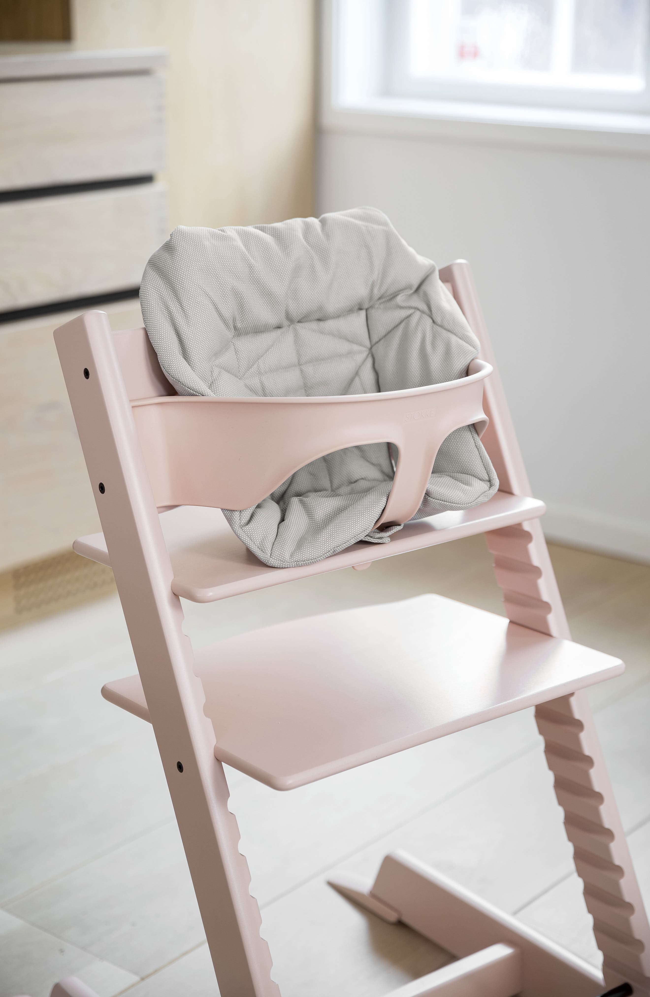 STOKKE,  Seat Cushion for Tripp Trapp<sup>®</sup> Highchair, Alternate thumbnail 3, color, TIMELESS GREY