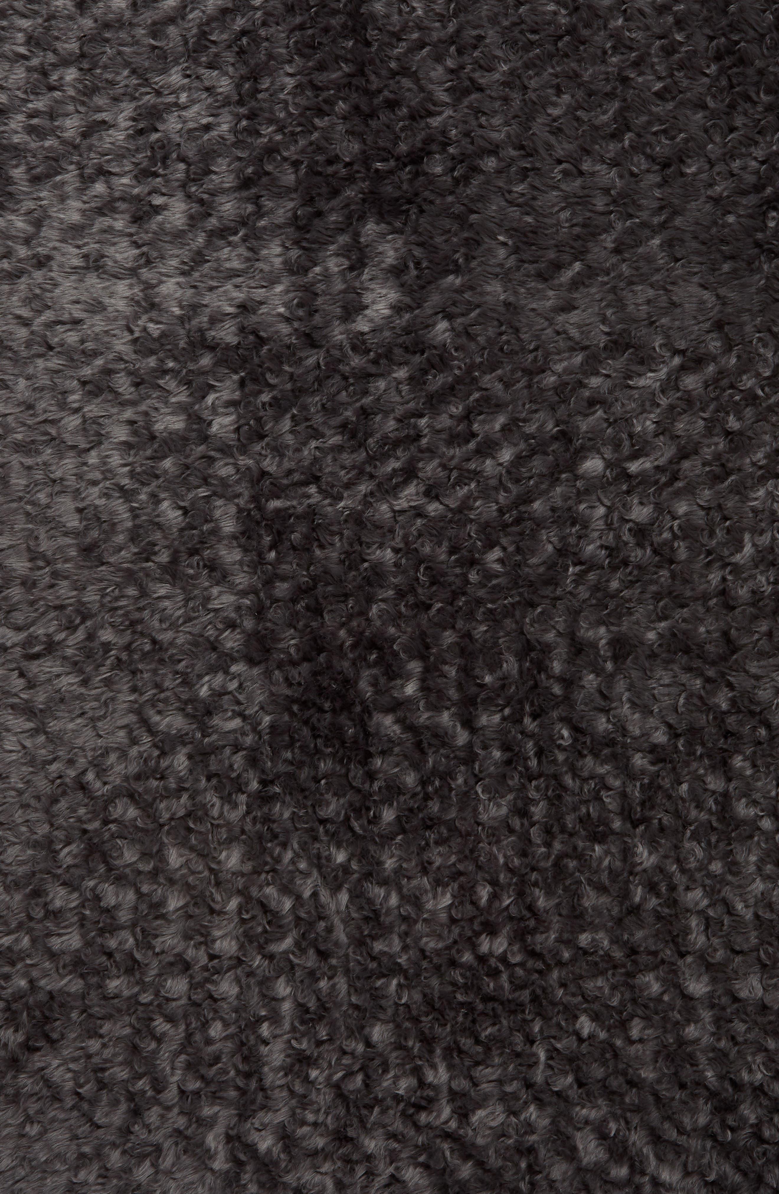 TREASURE & BOND, Faux Fur Rug, Alternate thumbnail 2, color, GREY ONYX