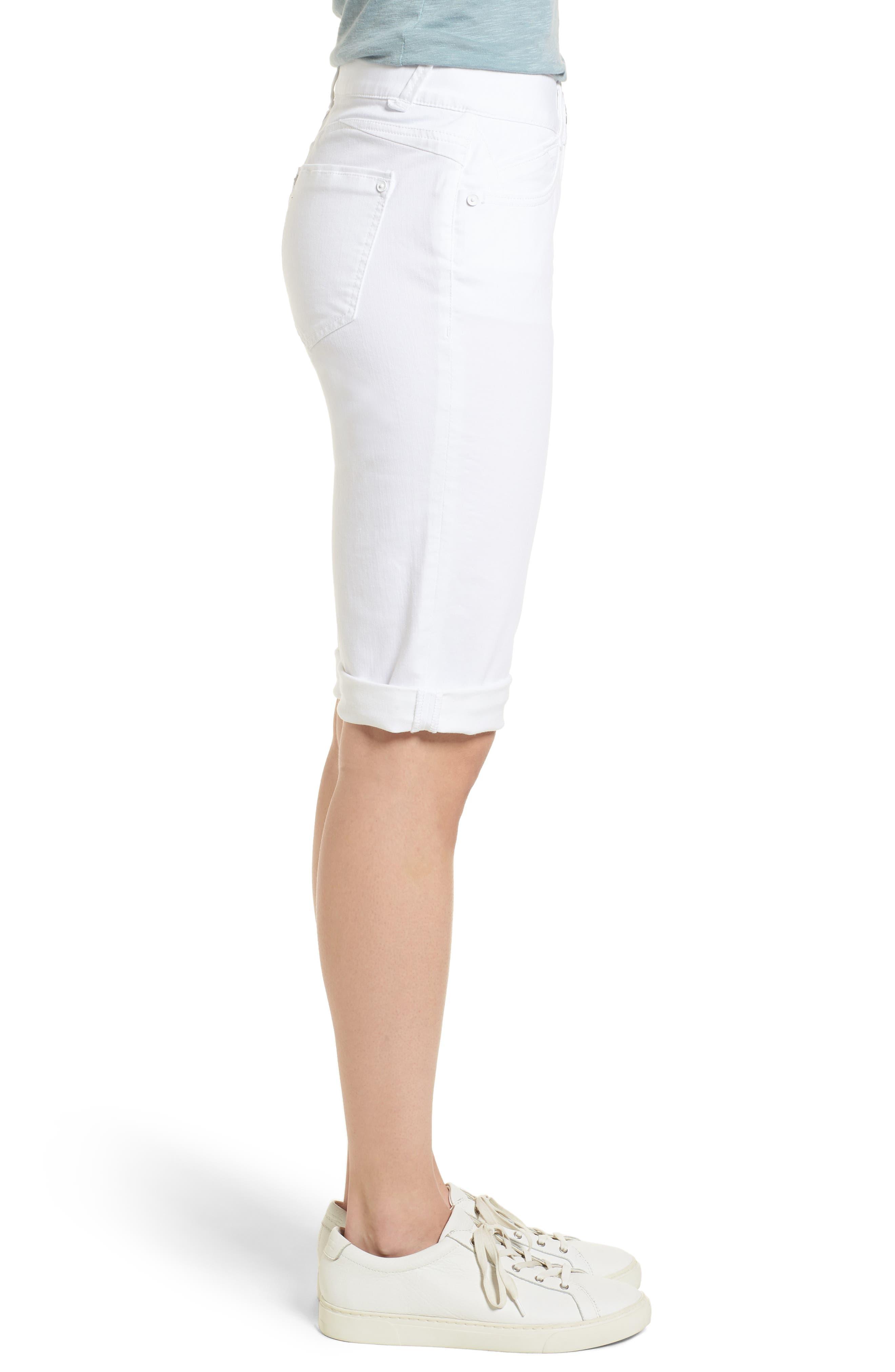 WIT & WISDOM, Ab-solution White Bermuda Shorts, Alternate thumbnail 4, color, OPTIC WHITE