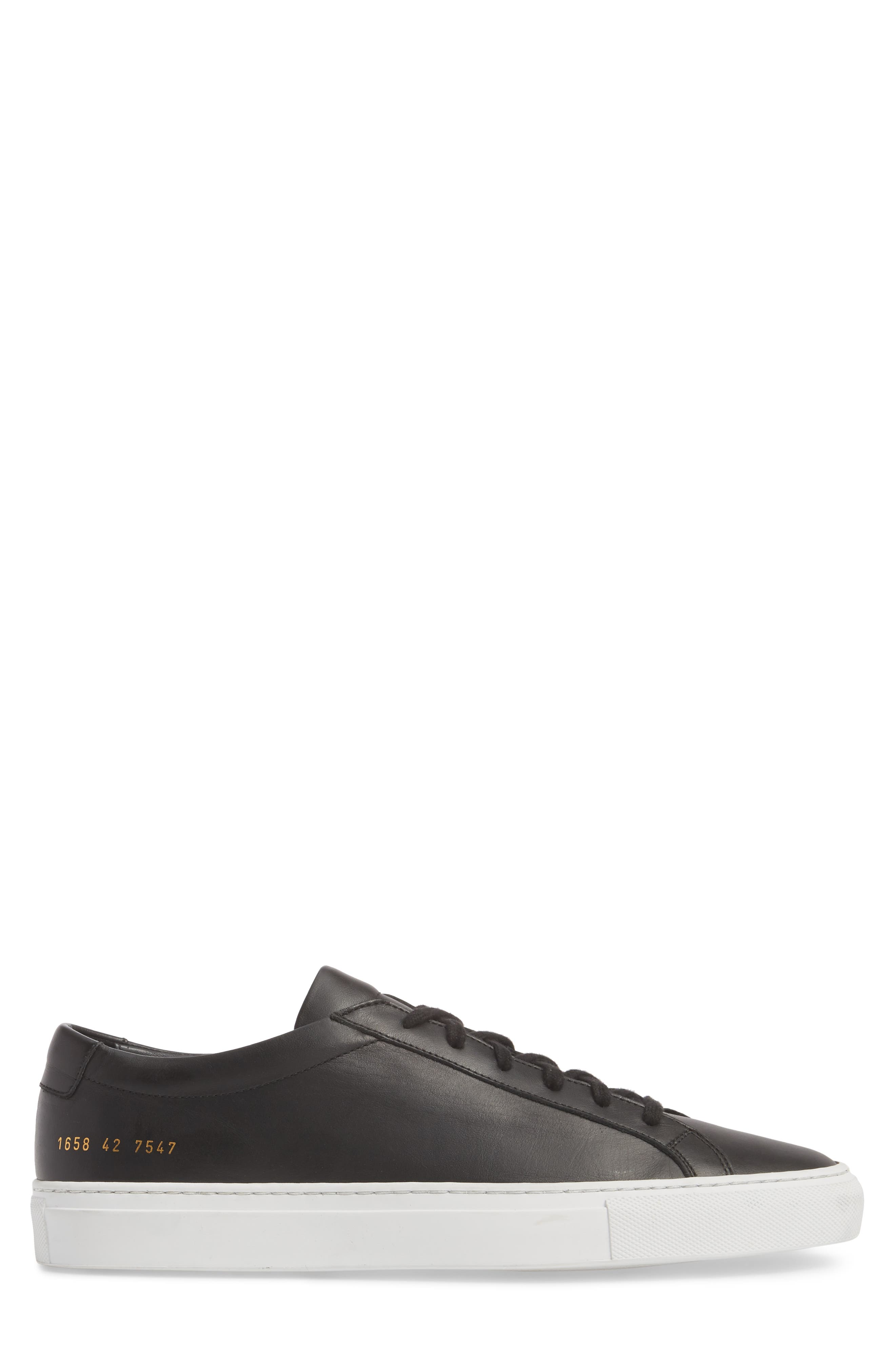 COMMON PROJECTS, Achilles Low Sneaker, Alternate thumbnail 3, color, BLACK LEATHER