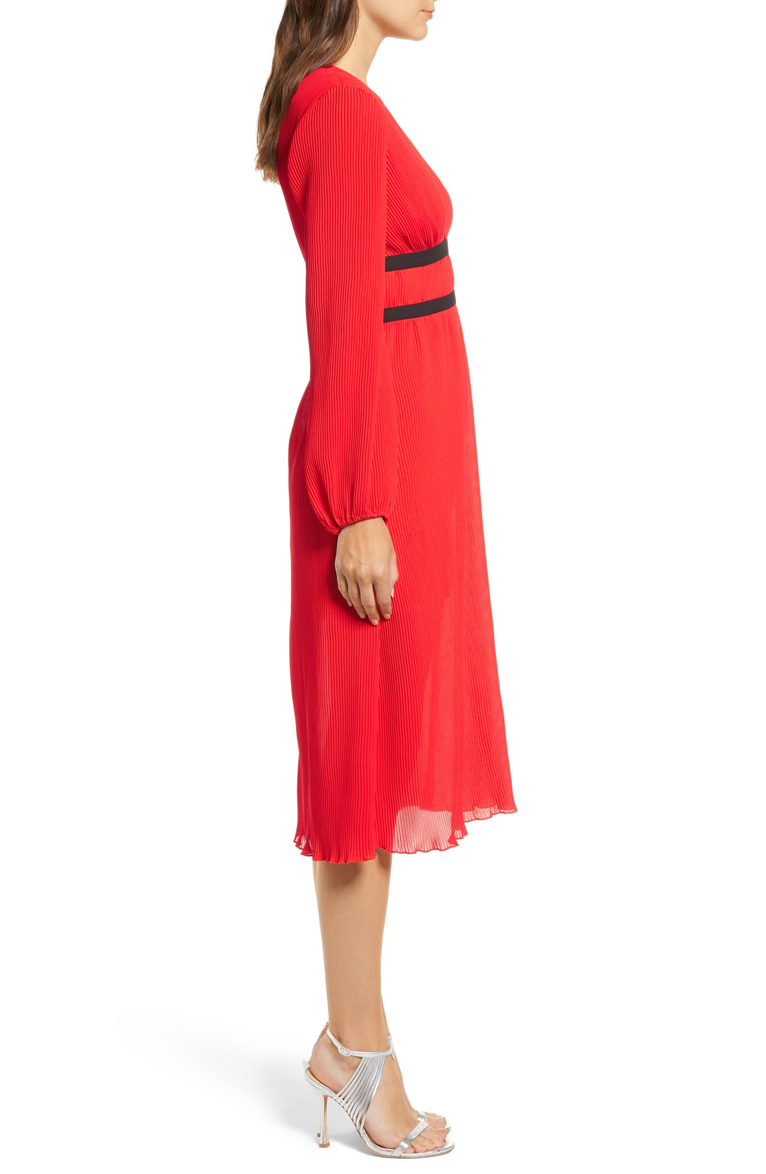WAYF, Patton Plunge Plissé Dress, Alternate thumbnail 4, color, FIRE RED
