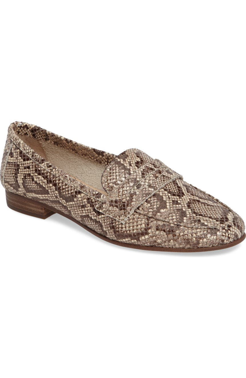 40c5b69f8b8 Vince Camuto Elroy Penny Loafer (Women)