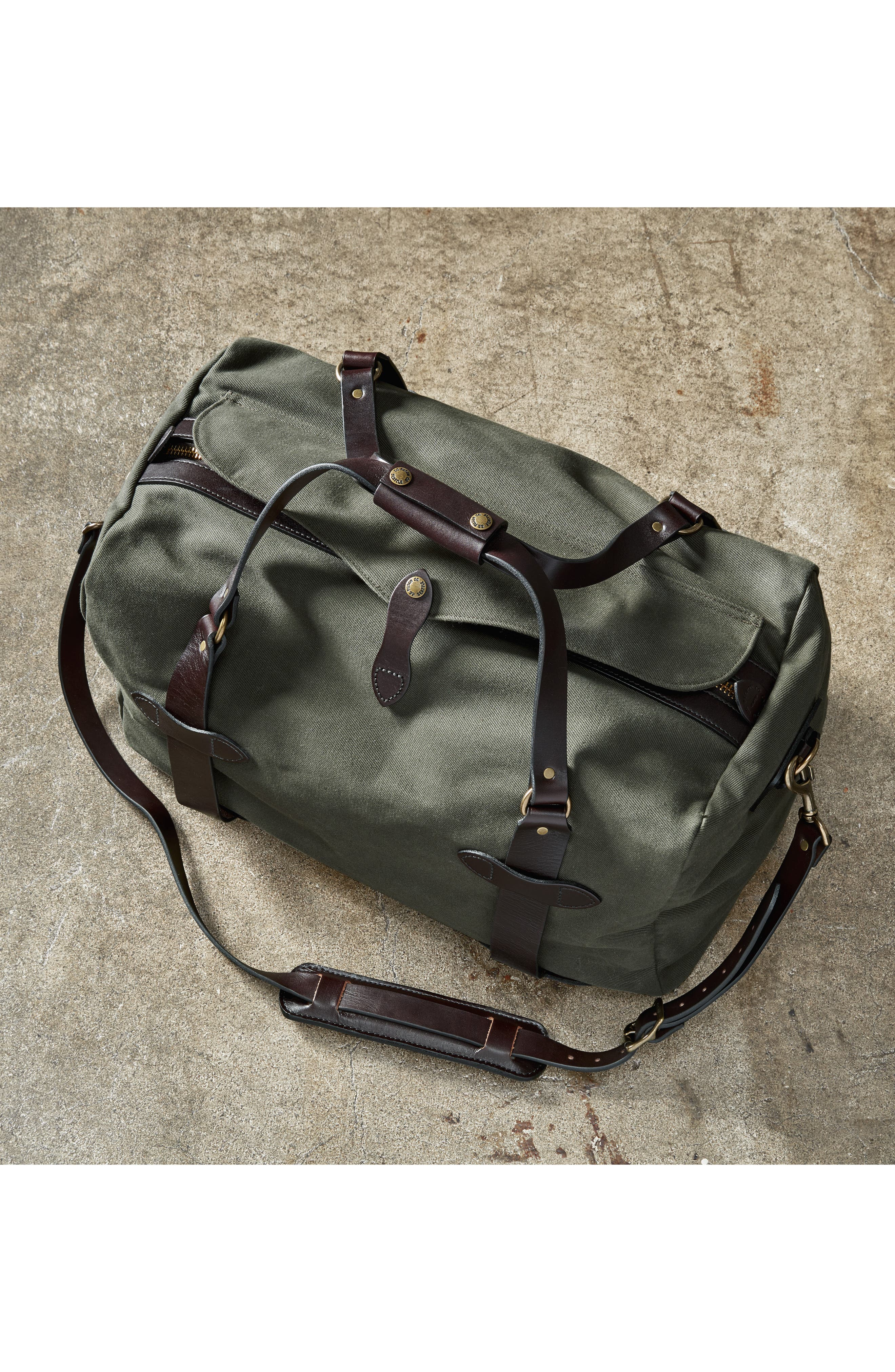 FILSON, Medium Duffle Bag, Alternate thumbnail 10, color, CINDER