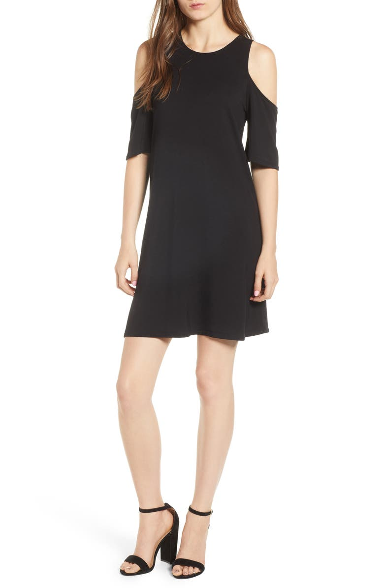 4f96fb5f31f240 cupcakes and cashmere Hyde Cold Shoulder T-Shirt Dress