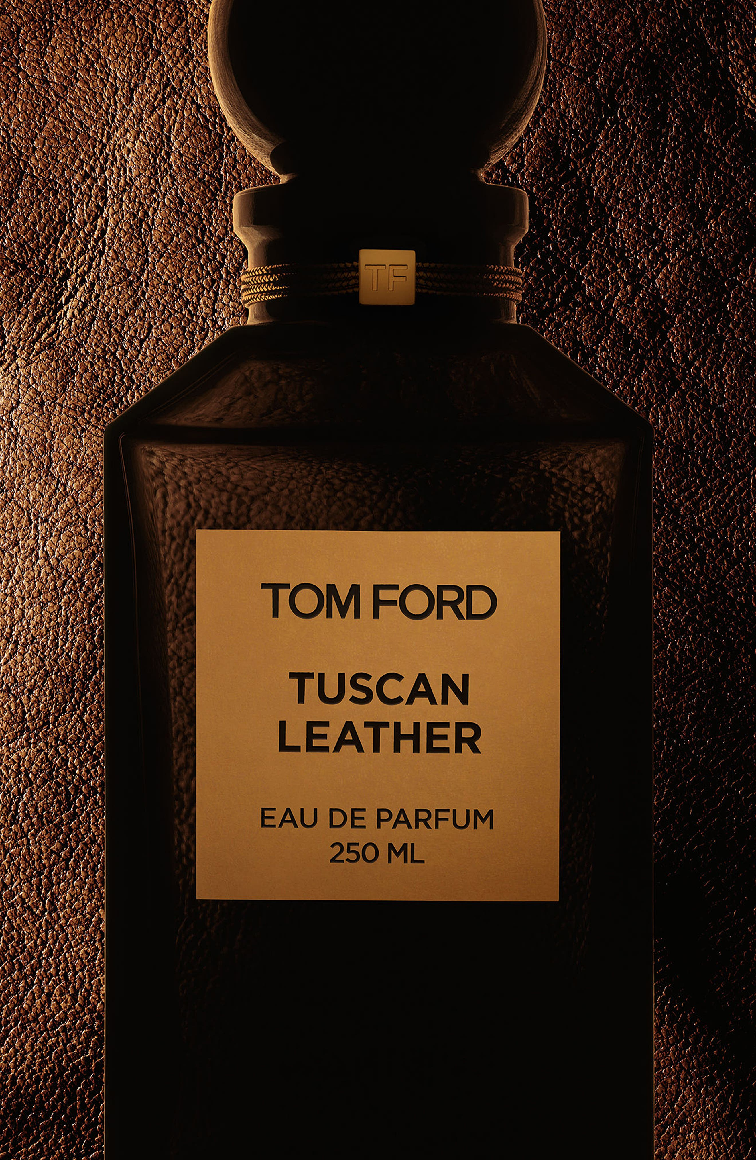 TOM FORD, Private Blend Tuscan Leather All Over Body Spray, Main thumbnail 1, color, NO COLOR