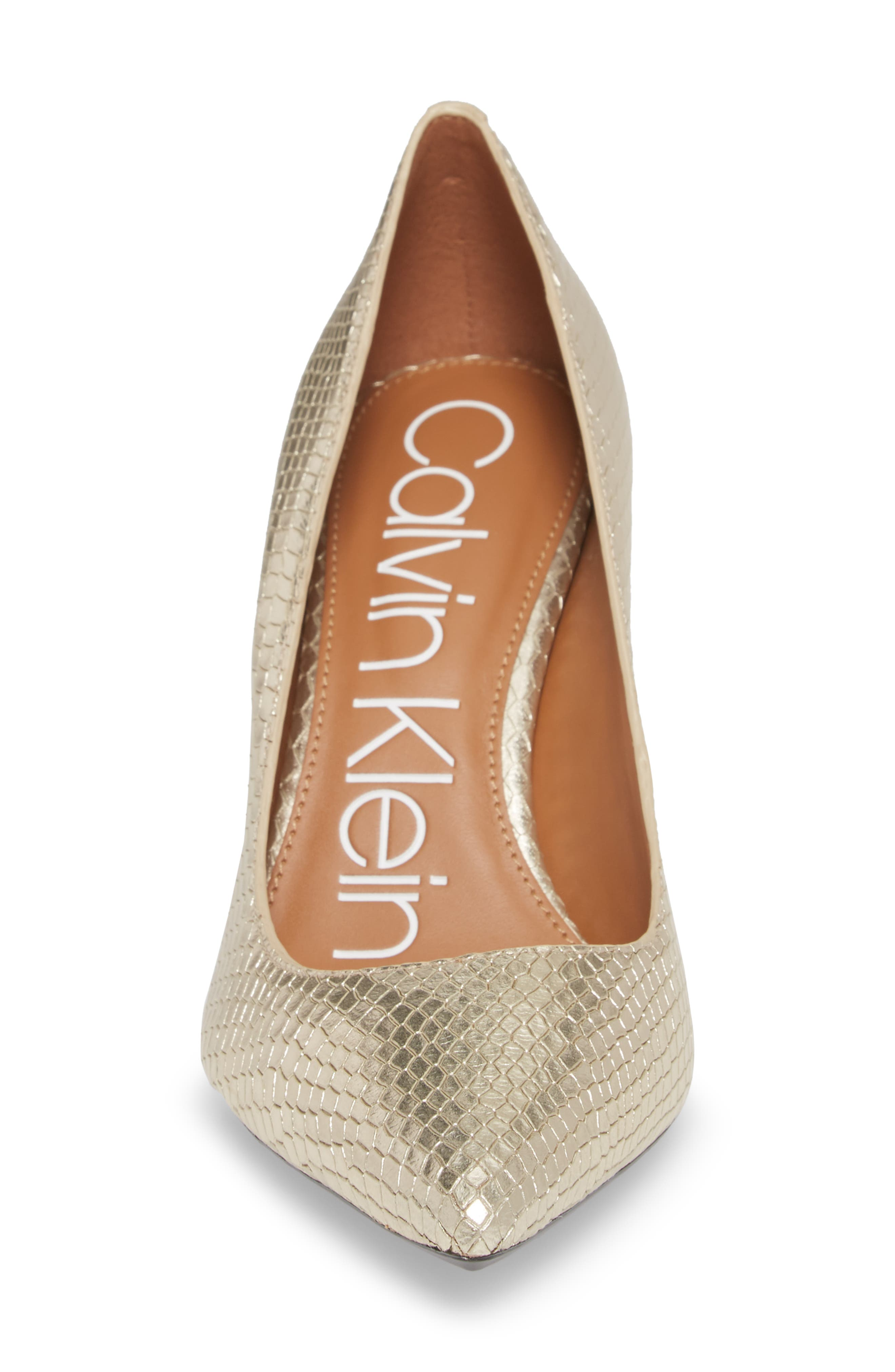 CALVIN KLEIN, 'Gayle' Pointy Toe Pump, Alternate thumbnail 4, color, SOFT GOLD LEATHER
